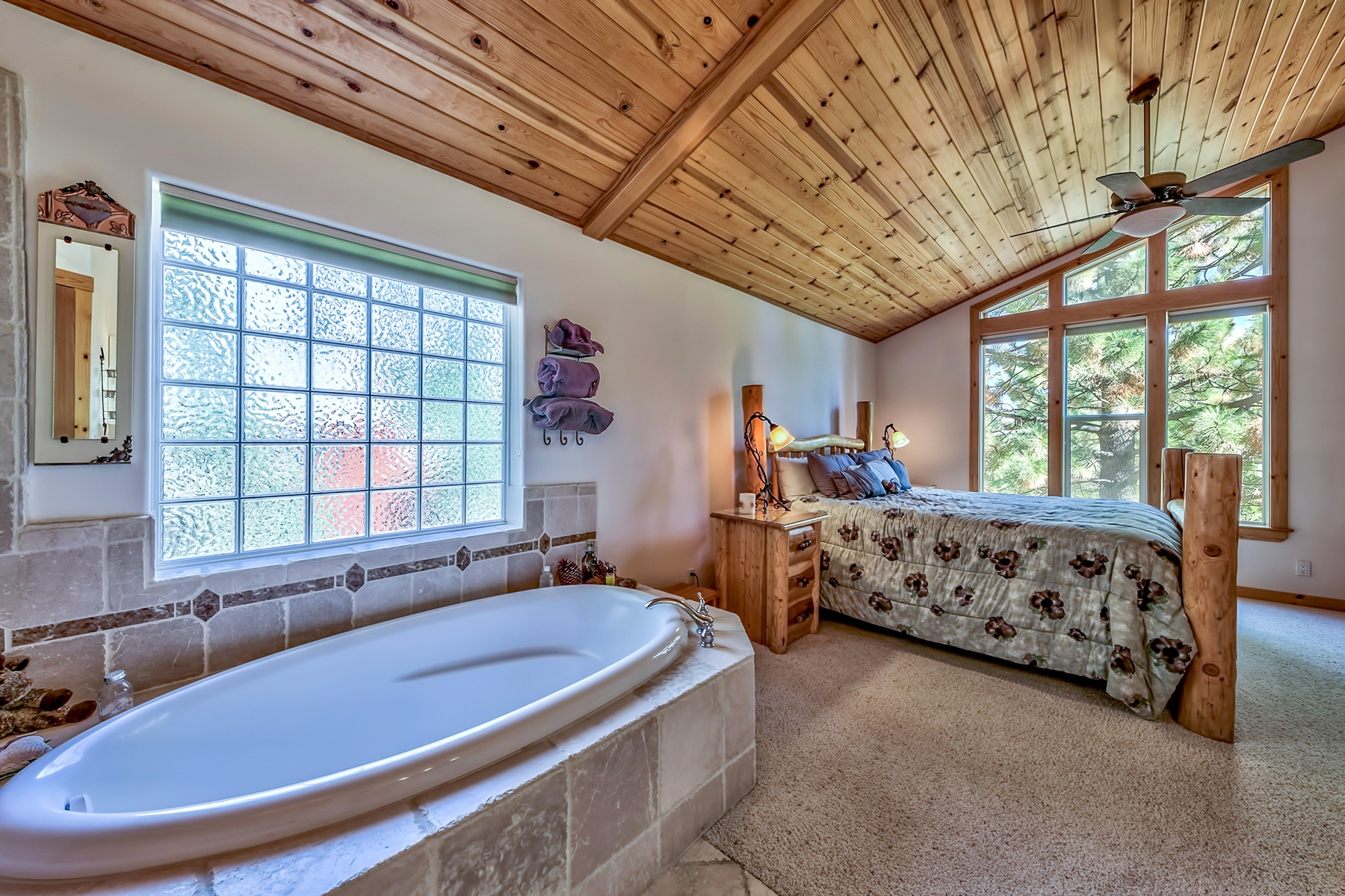 Additional photo for property listing at 13041 Stockholm Way, Truckee, CA 13041 Stockholm Way Truckee, California 96161 United States