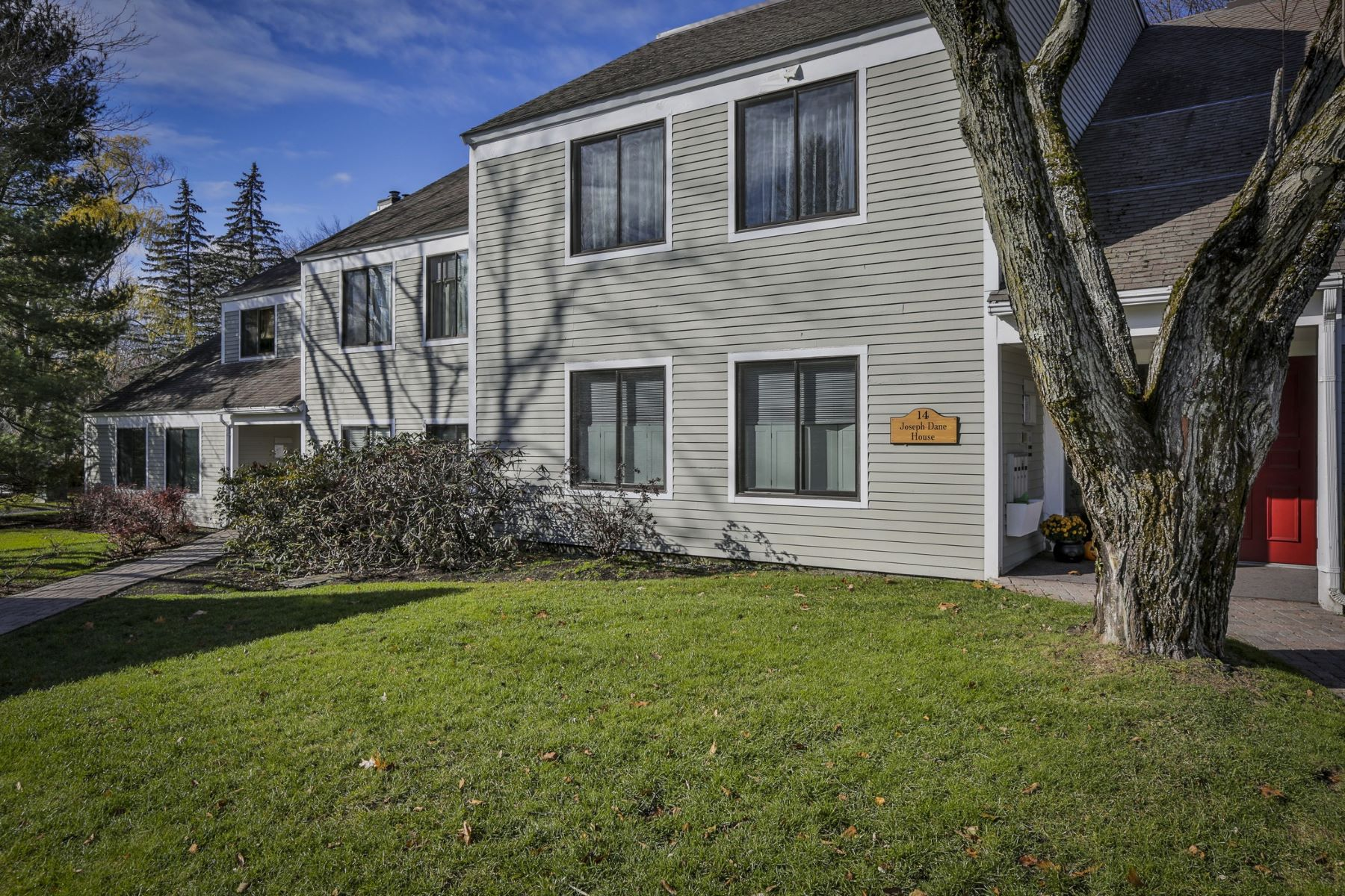 Other Residential for Rent at 14 Concord Greene 1, Concord Concord, Massachusetts 01742 United States