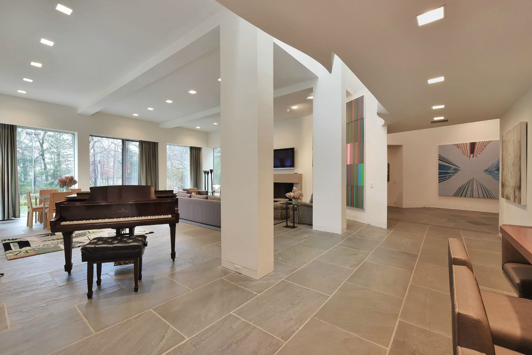 Additional photo for property listing at The Quintessential, Understated, Post-Modern Home 10 Nelson Place, Tenafly, New Jersey 07670 United States