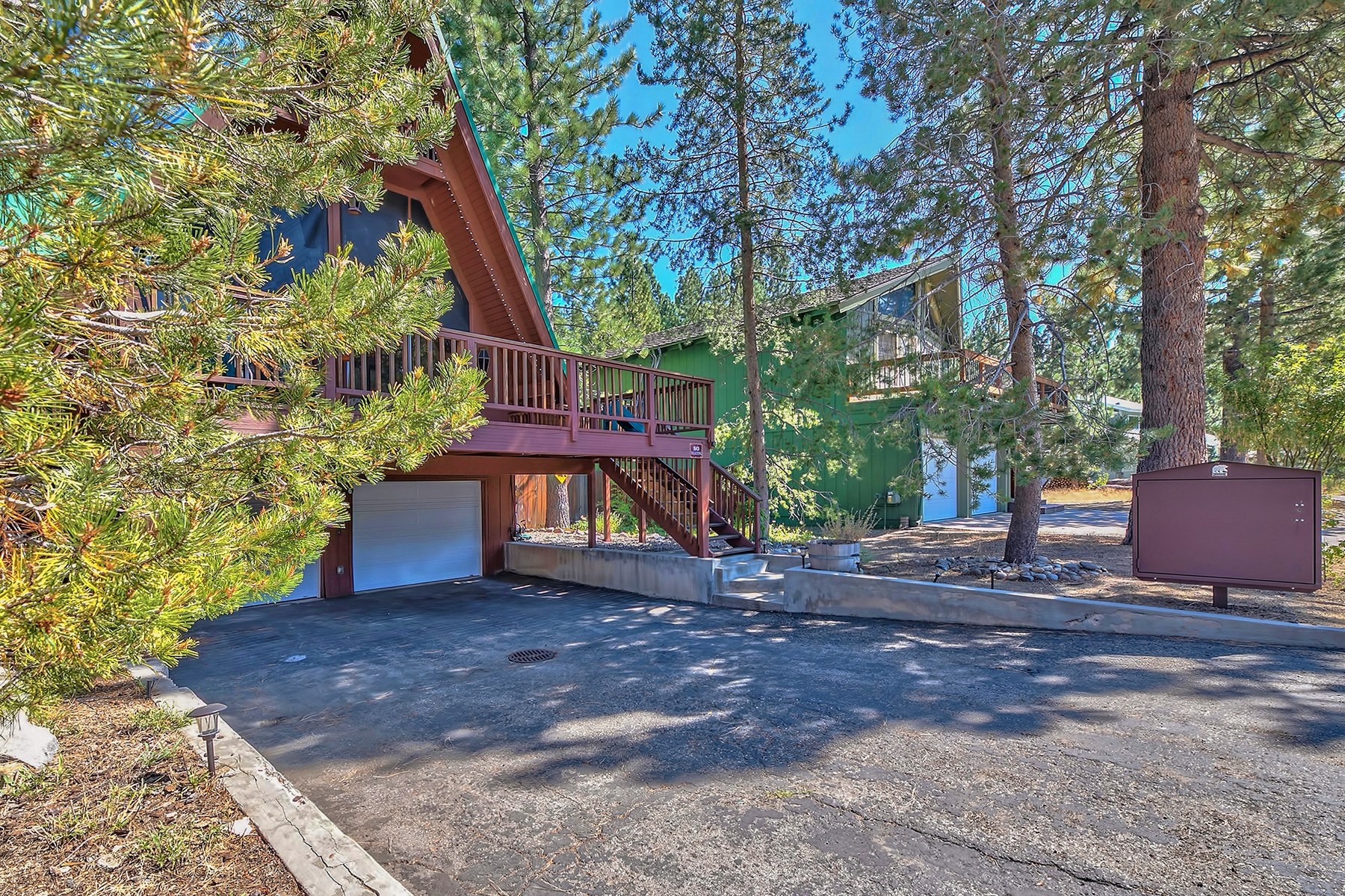 Property for Active at 923 Creekwood Drive, South Lake Tahoe, CA 96150 923 Creekwood Drive South Lake Tahoe, California 96150 United States