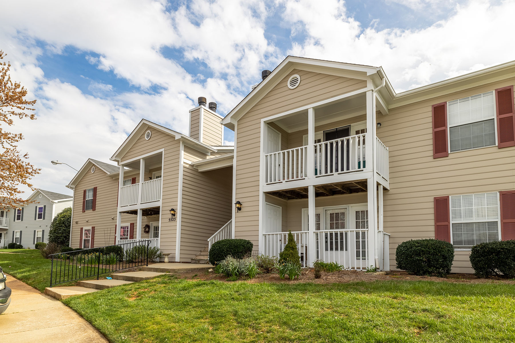 Single Family Homes for Sale at CHARLESTOWNE VILLAGE 5523 Hornaday Rd Greensboro, North Carolina 27409 United States