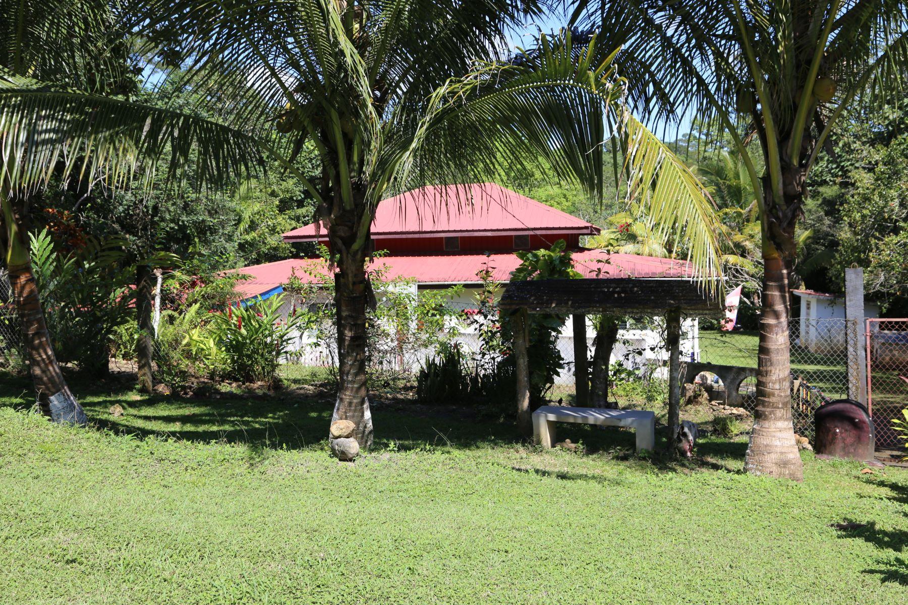 Terreno per Vendita alle ore Winsom at Cristo Rey Santa Elena, Belize, Belize