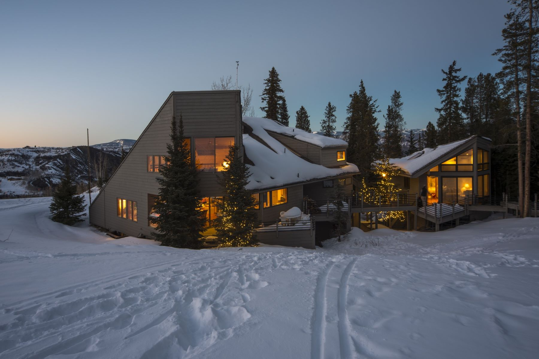 Single Family Homes for Sale at Snowmass Summit House 85 Pine Lane Snowmass Village, Colorado 81615 United States