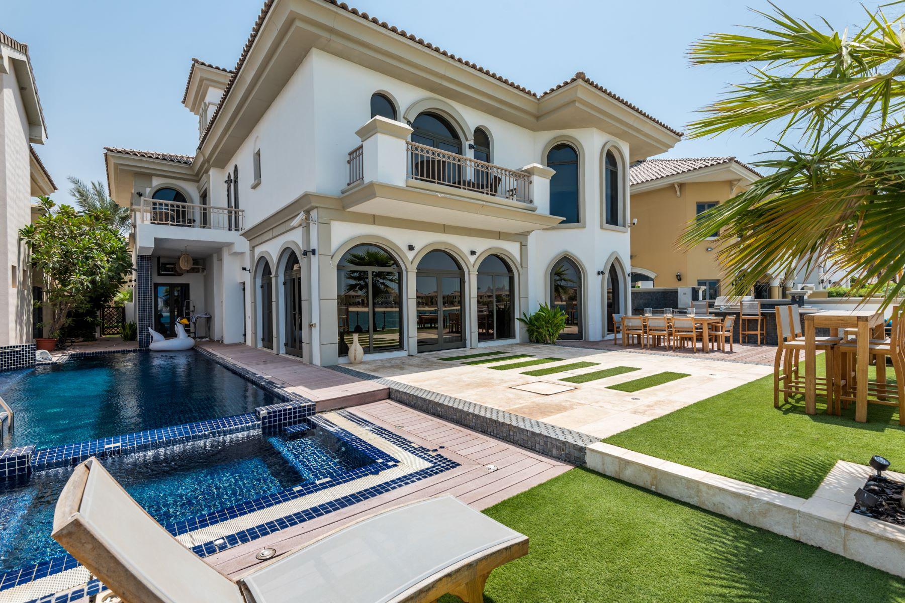 独户住宅 为 销售 在 Extended Palm Jumeirah Family Beach House 迪拜, 阿联酋
