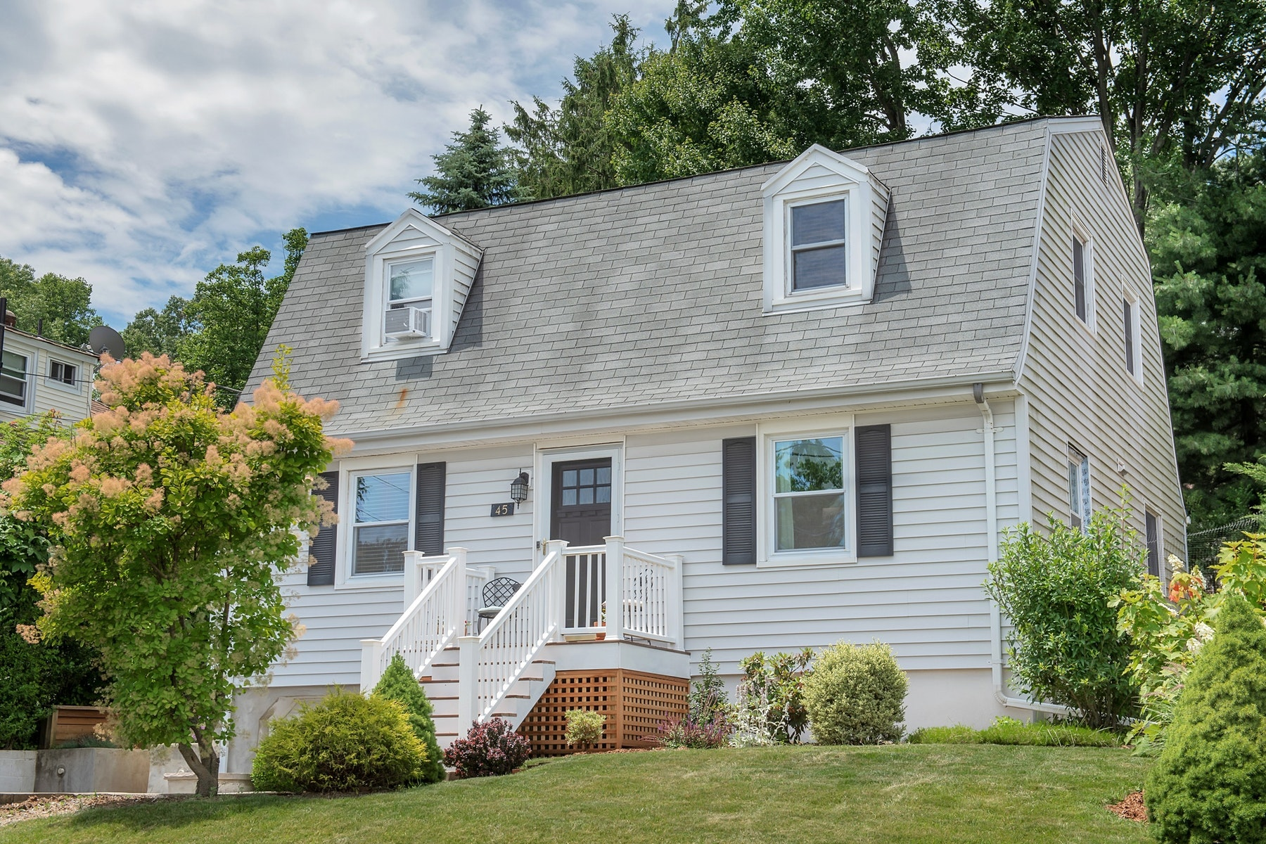 Single Family Homes for Sale at Pristine Gem 45 Garfield Avenue West Orange, New Jersey 07052 United States