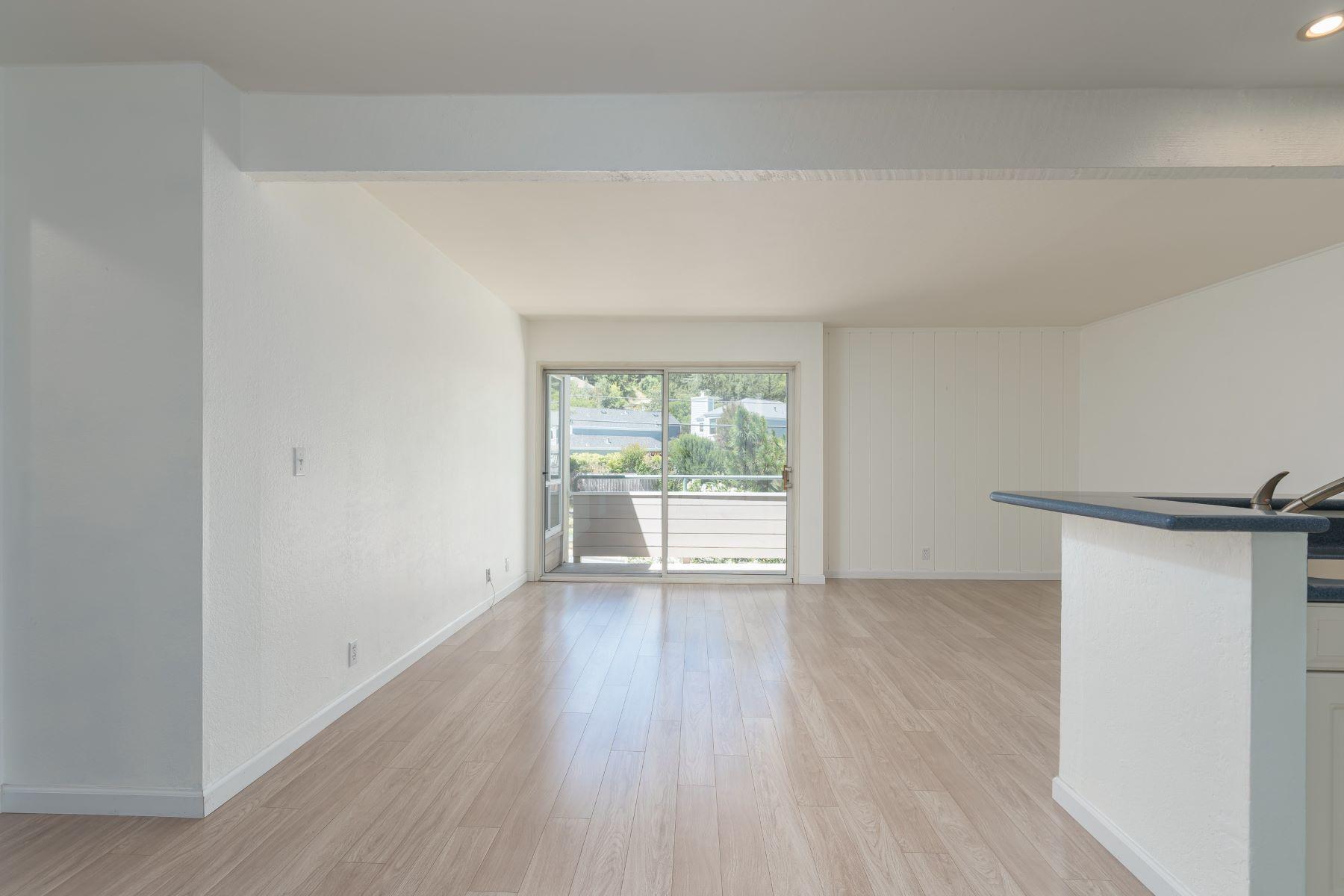 Condominiums for Active at Premier Top Floor Larkspur Residence 200 Larkspur Plaza Drive Larkspur, California 94939 United States