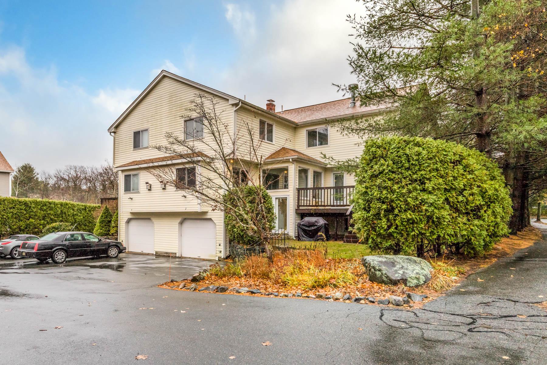 Condominiums por un Venta en Mariner's Village 2 Captains Lane Salem, Massachusetts 01970 Estados Unidos