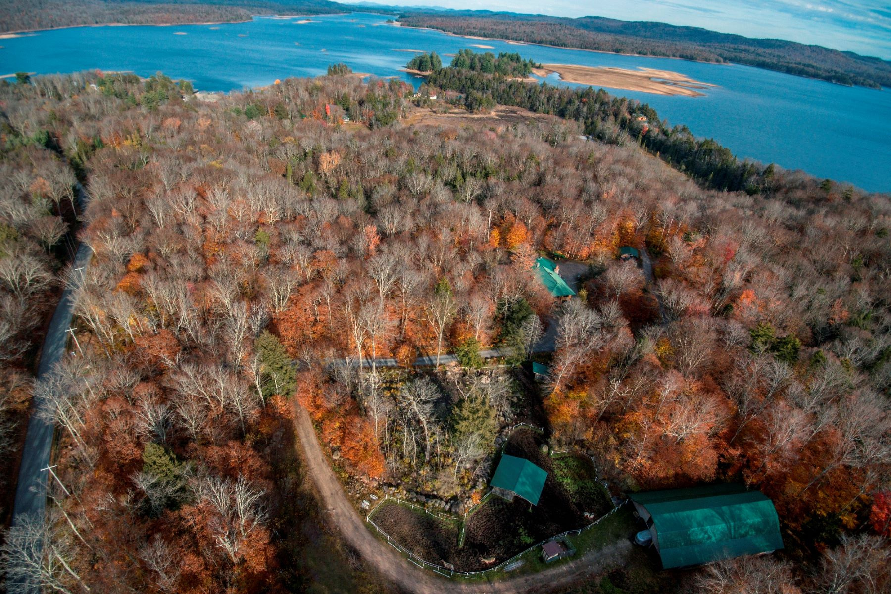 Additional photo for property listing at Stillwater Reservoir Multi-family Private Paradise 2518 Stillwater Road Old Forge, Nueva York 13420 Estados Unidos