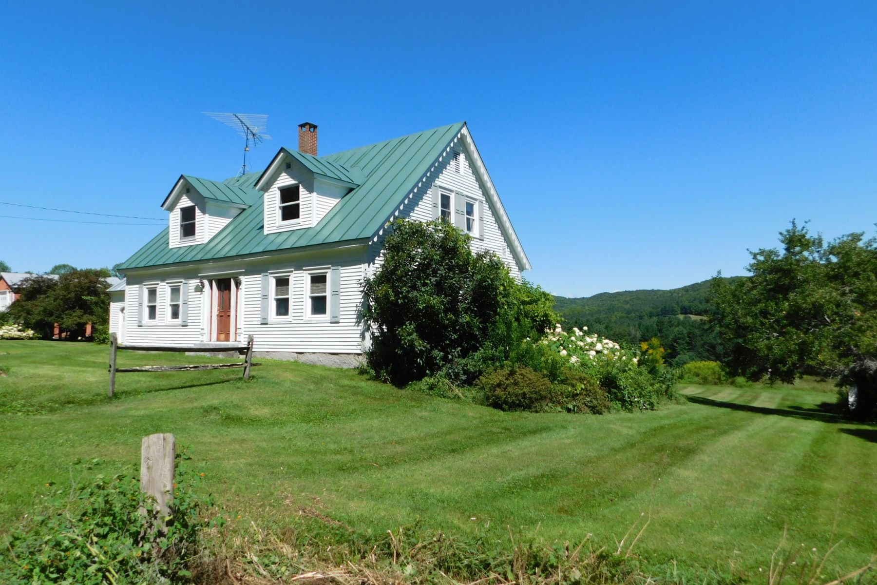 Single Family Homes for Sale at Home, Hearth and Harvest 1738 Cookeville Rd Corinth, Vermont 05039 United States