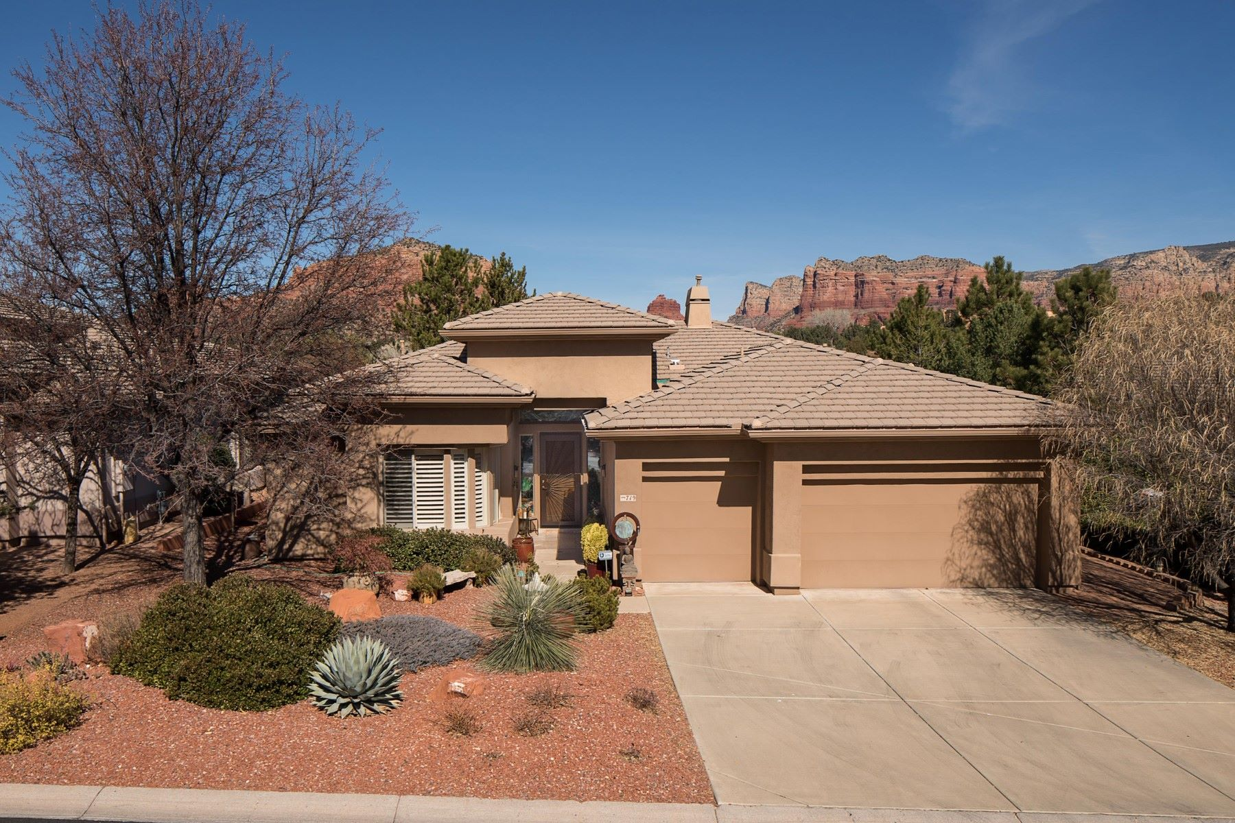 Single Family Home for Sale at Meticulously Maintained Sedona Golf Resort Home 719 Crown Ridge Rd, Sedona, Arizona, 86351 United States
