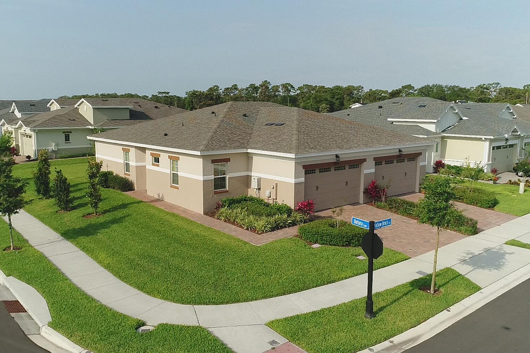 Duplex Homes für Verkauf beim SAINT CLOUD 2434 Yellow Brick Rd, St. Cloud, Florida 34772 Vereinigte Staaten