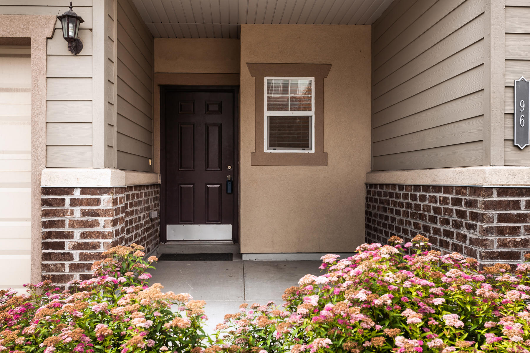 townhouses for Active at Immaculate Sandy Townhome 96 E Durham Street Sandy, Utah 84070 United States