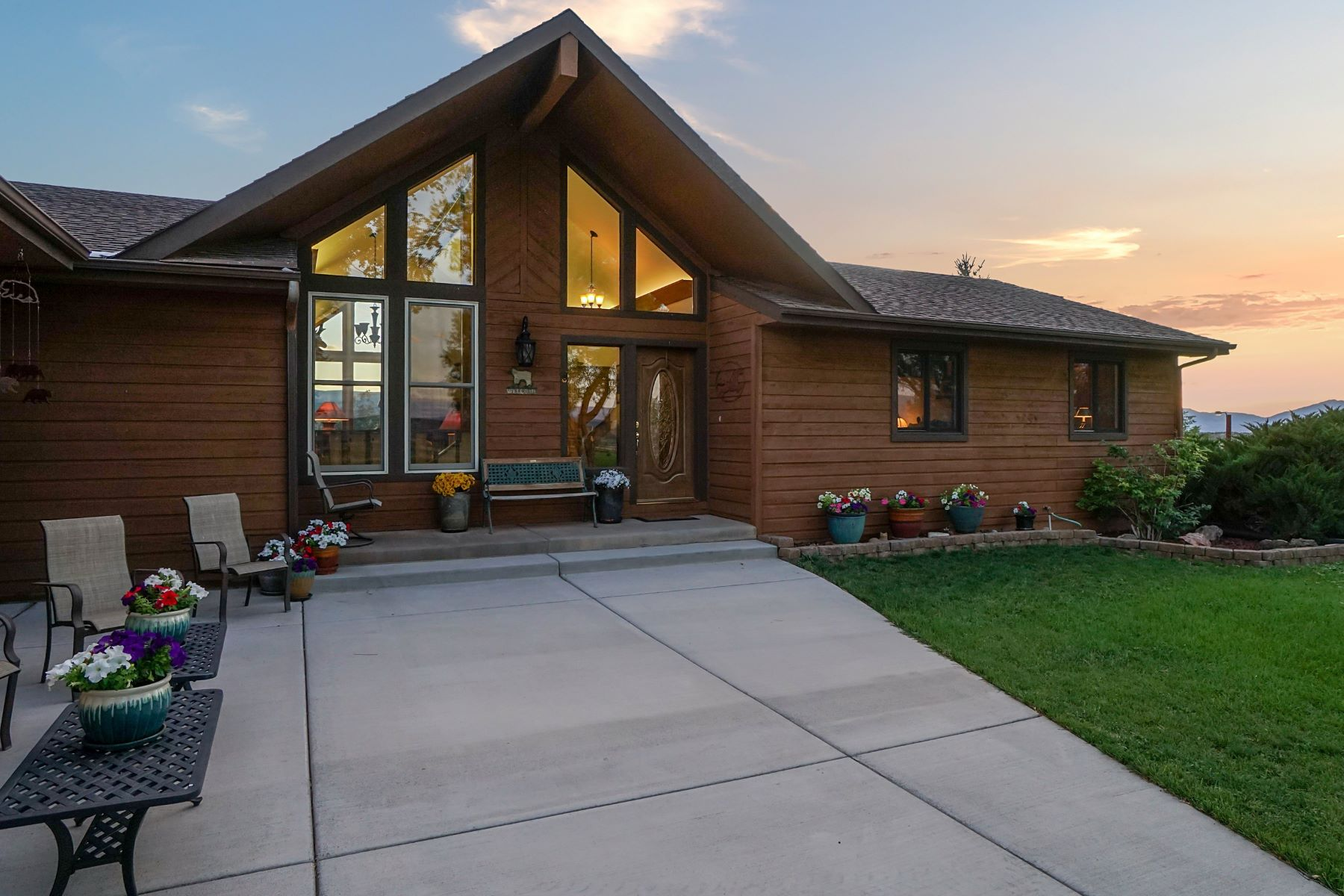 Single Family Homes for Active at M&B, SILT 5181 Co Rd 331 Silt, Colorado 81652 United States
