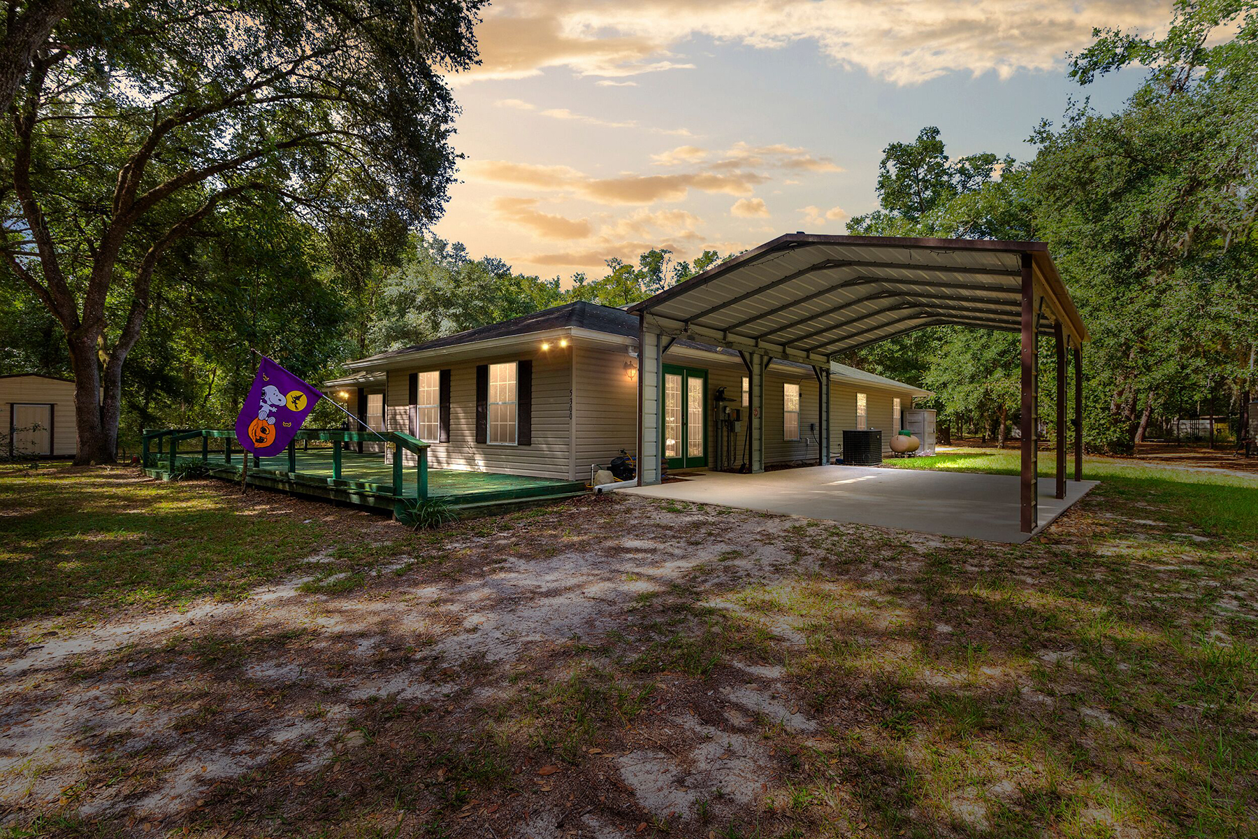 Single Family Homes for Sale at SILVER SPRINGS 5300 N Highway 314a, Silver Springs, Florida 34488 United States