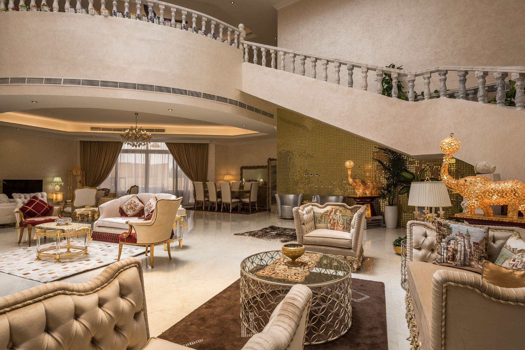 واحد منزل الأسرة للـ Sale في Custom Built Villa Dubai, United Arab Emirates