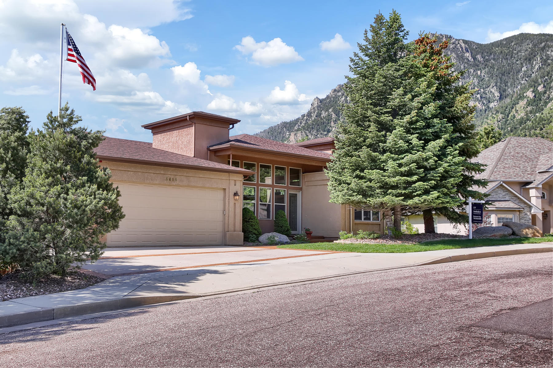 Single Family Homes for Sale at Take full advantage of a private yard that embraces Cheyenne Mountain 5415 Jarman St Colorado Springs, Colorado 80906 United States