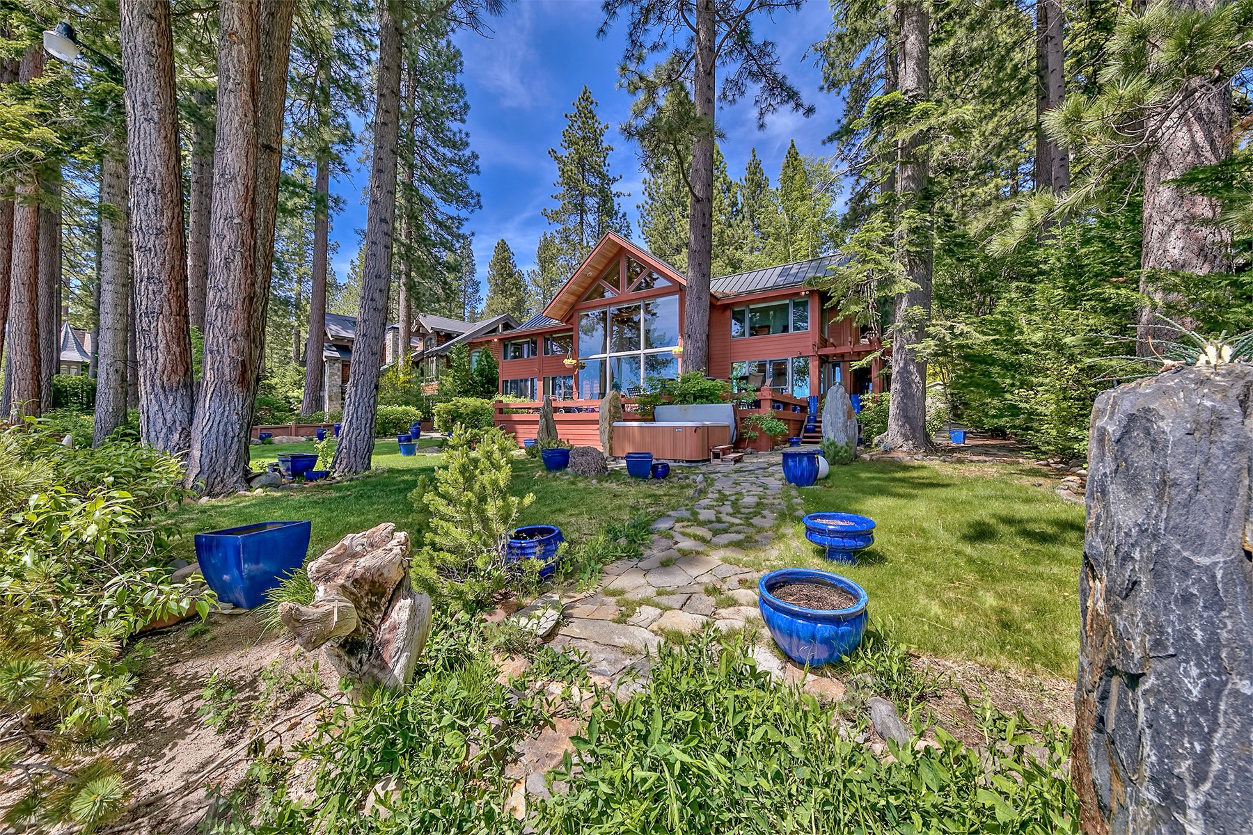 Additional photo for property listing at 863 Lakeshore Blvd. , Incline Village, Nevada 863 Lakeshore Blvd. Incline Village, Nevada 89451 United States