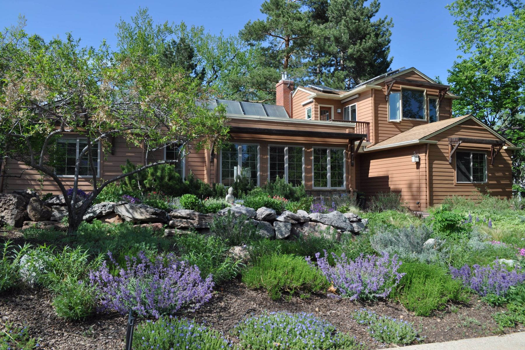 Single Family Home for Sale at Lower Chautauqua Living 1985 Bluebell Ave Boulder, Colorado, 80302 United States
