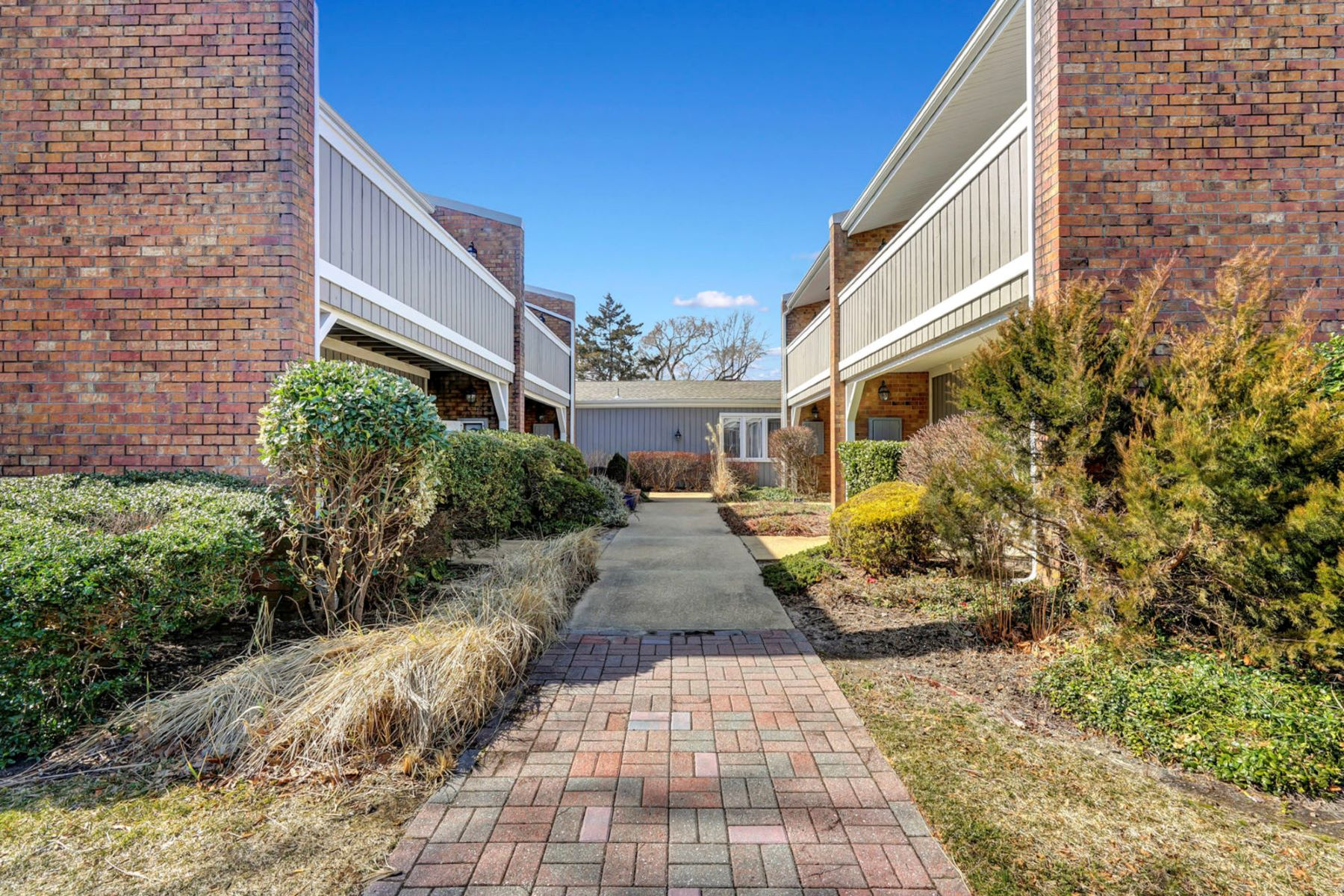 Кондоминиум для того Продажа на Panoramic Views 31 Linden Drive, Spring Lake Heights, Нью-Джерси 07762 Соединенные Штаты