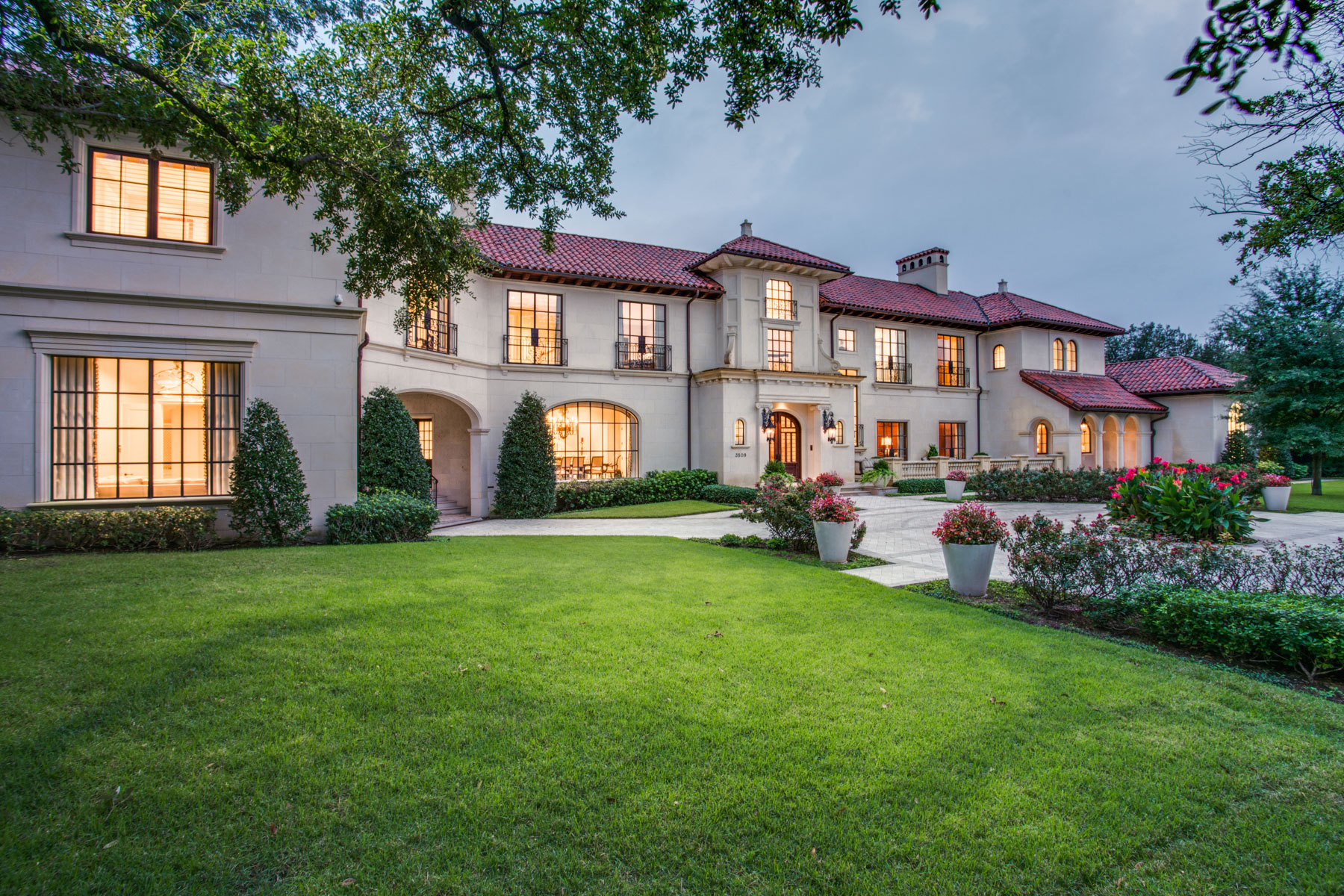 Single Family Homes for Sale at Magnificent Highland Park Estate 3509 Euclid Ave Highland Park, Texas 75205 United States