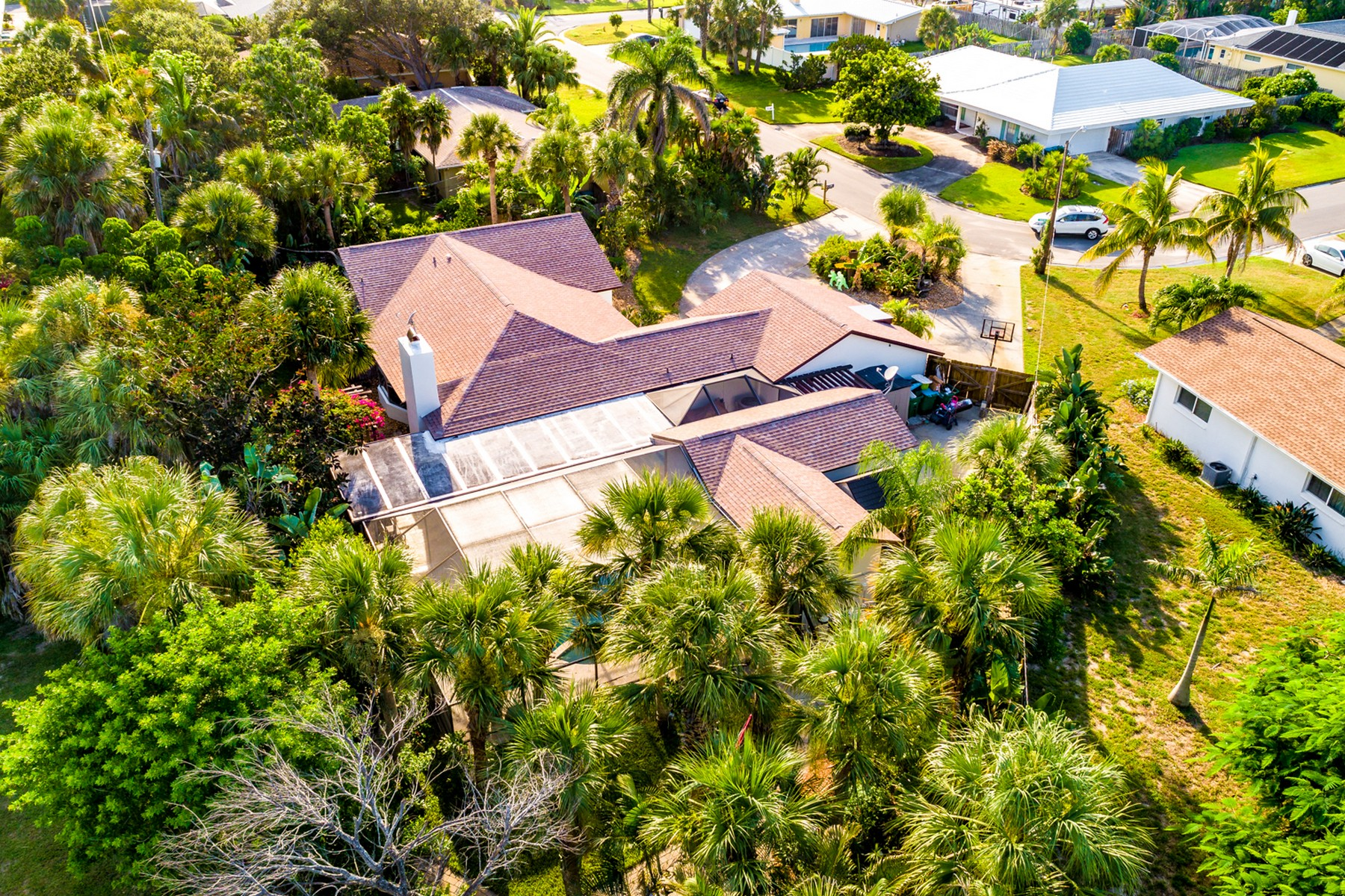 Additional photo for property listing at Steps Away From the Atlantic Ocean 401 Andrews Drive Melbourne Beach, Florida 32951 United States