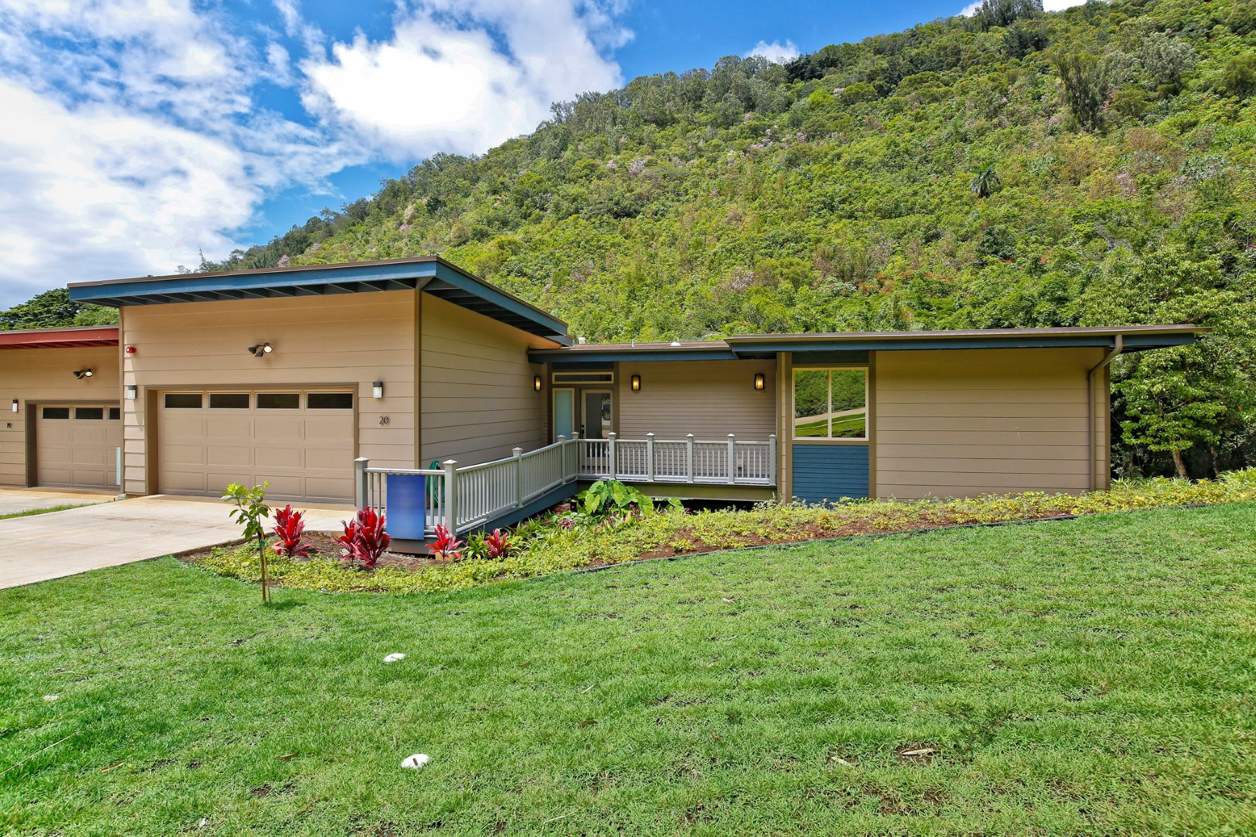 Additional photo for property listing at Custom New Home 2914 Booth Road #20 Honolulu, Hawaii 96813 United States
