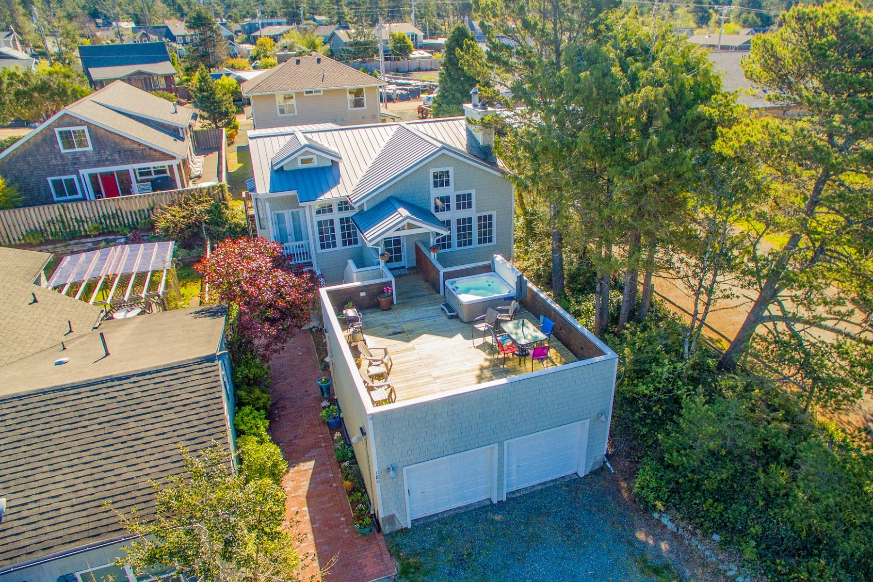 Single Family Homes para Venda às Duplex in the Heart of Manzanita 184 Second Street, Manzanita, Oregon 97130 Estados Unidos