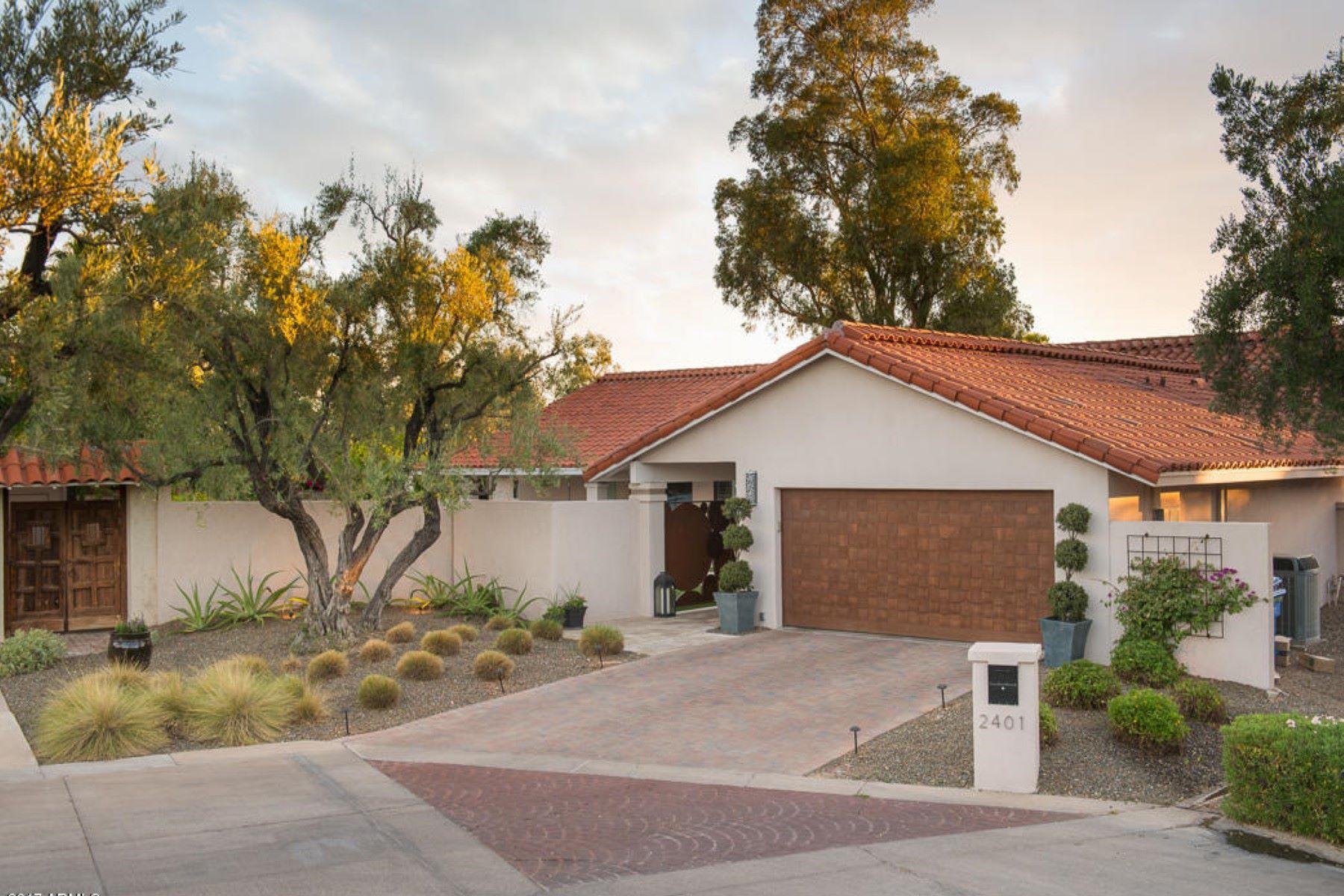 Nhà ở một gia đình vì Bán tại Newly renovated home in an exclusive community in the Arizona Biltmore 2401 E Montebello Ave Phoenix, Arizona, 85016 Hoa Kỳ
