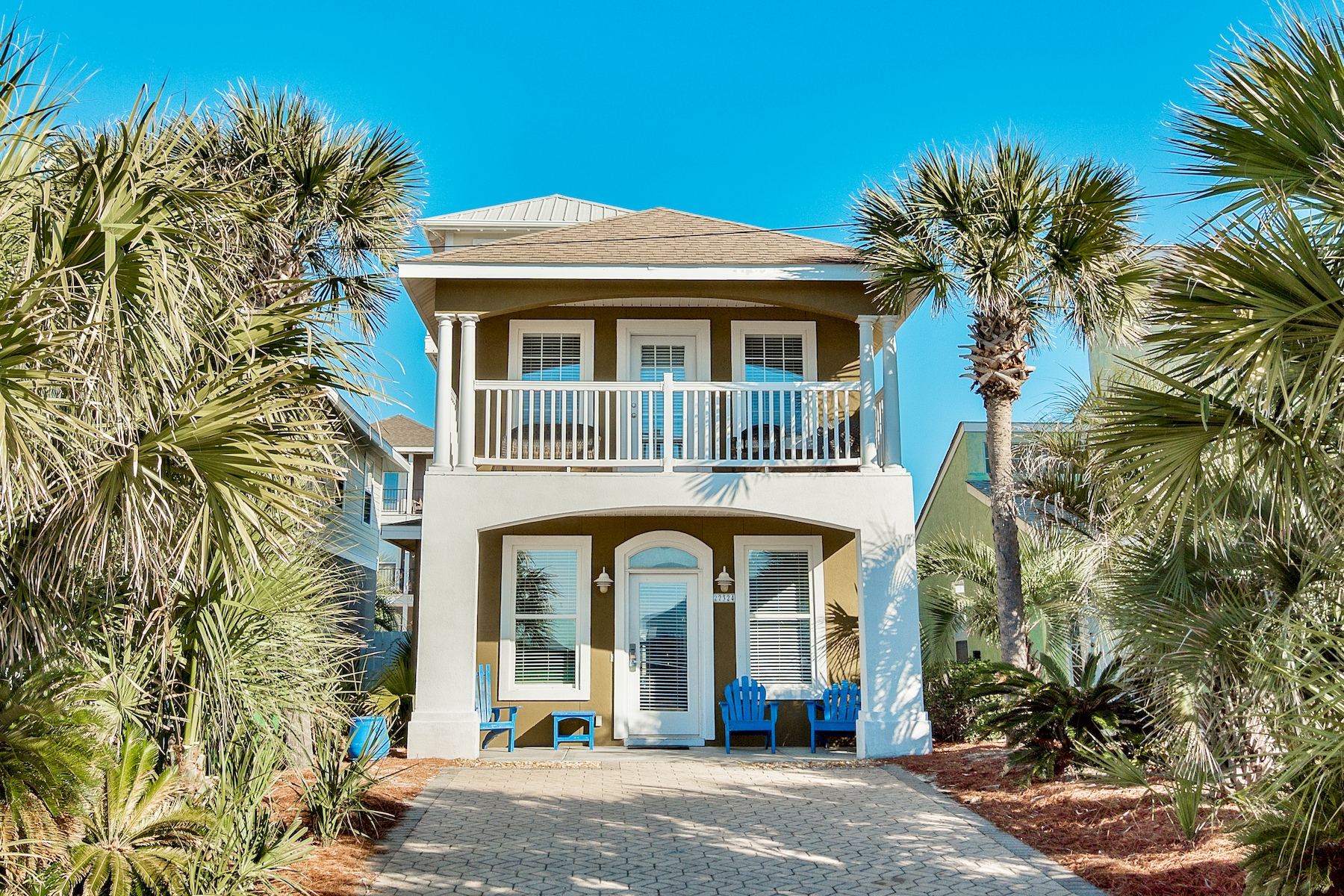 Tek Ailelik Ev için Satış at Coastal Home Across from the Beach with Gulf Views 22324 Front Beach Road Panama City Beach, Florida 32413 Amerika Birleşik Devletleri