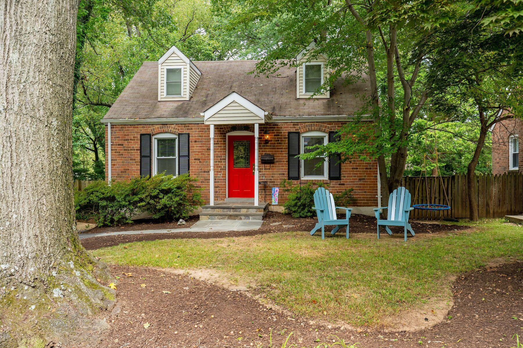 Single Family Homes 为 销售 在 3115 Jennings Rd 肯辛顿, 马里兰州 20895 美国