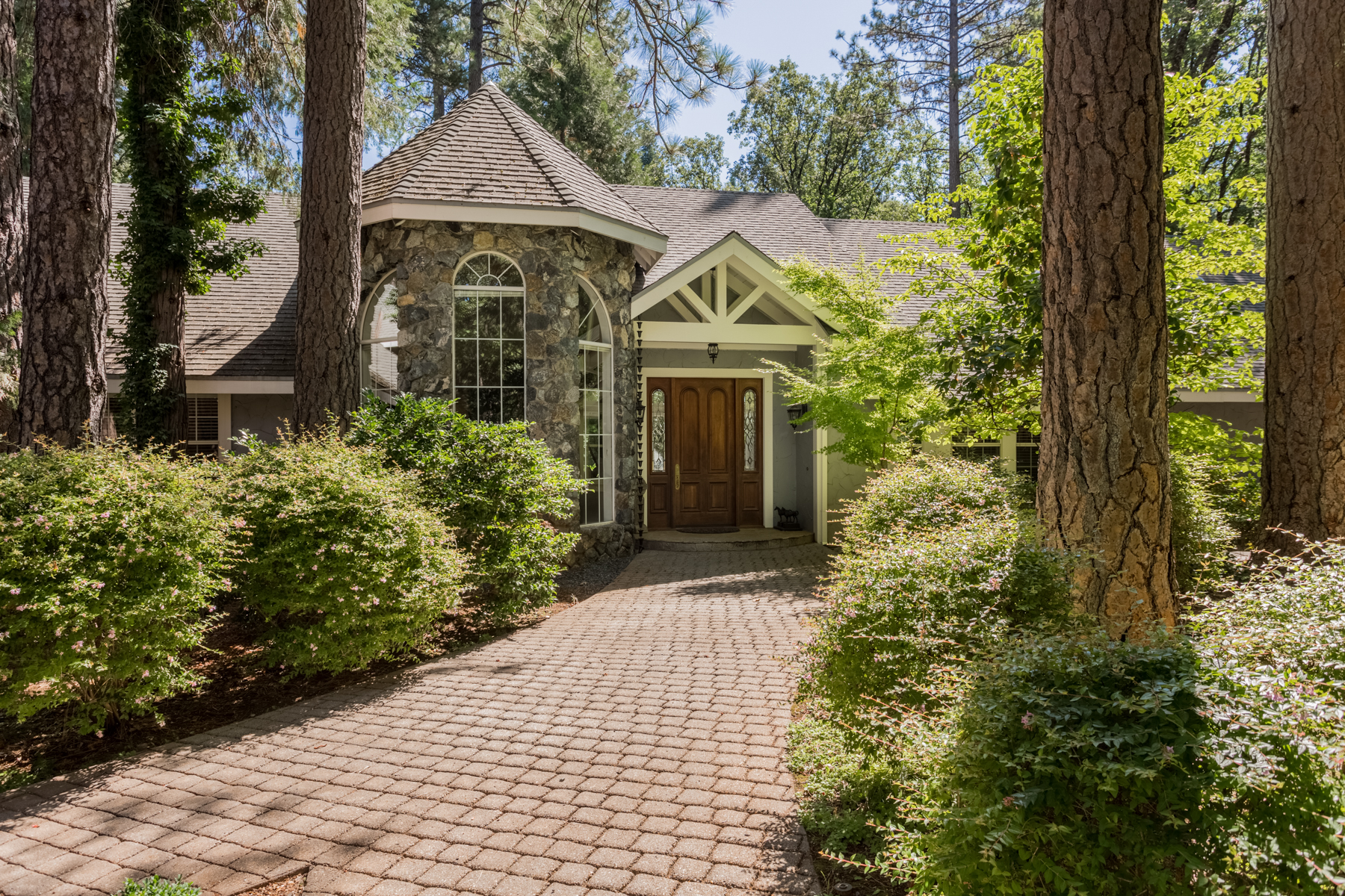 Single Family Home for Sale at 11821Whisperwood Way, Nevada City, CA 11821 Whisperwood Way Nevada City, California 95959 United States