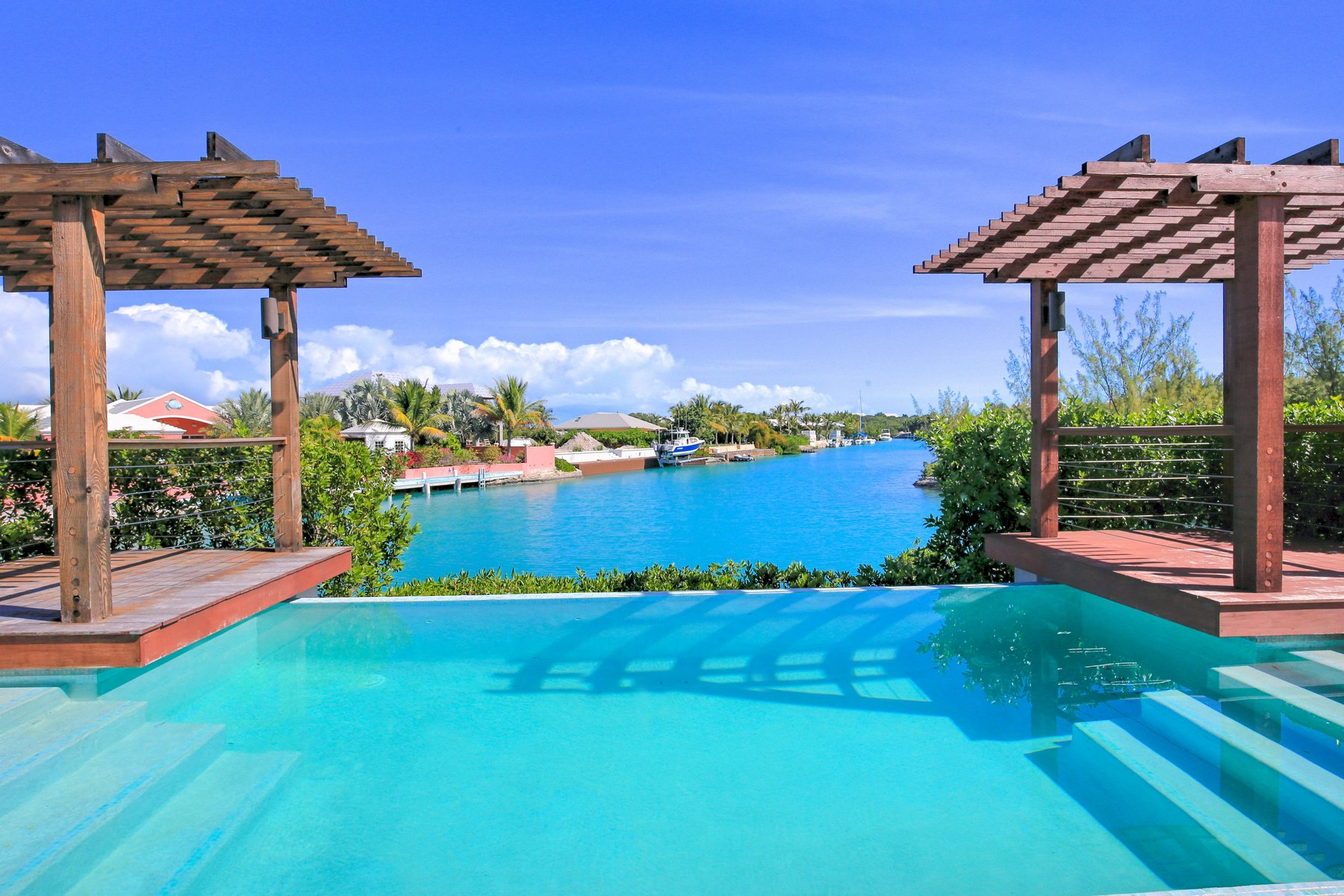 Single Family Home for Sale at Leeward Villa Leeward, Turks And Caicos Islands
