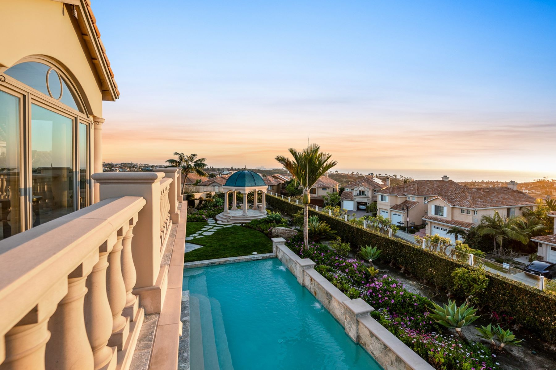 Single Family Homes por un Venta en 9 Monaco, Dana Point 9 Monaco Dana Point, California 92629 Estados Unidos