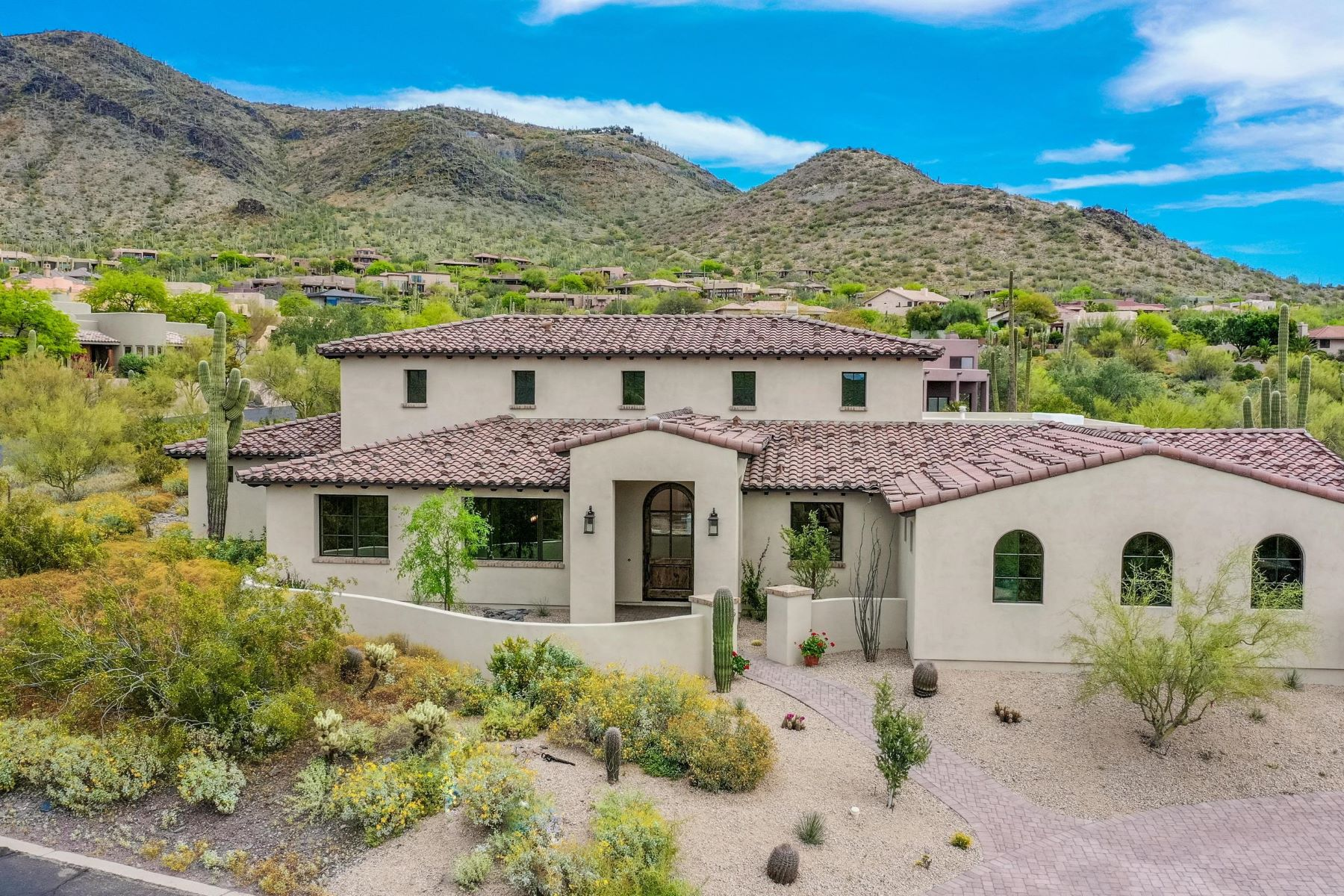 Single Family Homes for Active at Carefree Sentinel Rock Estates 5815 E Sentinel Rock Rd Cave Creek, Arizona 85331 United States