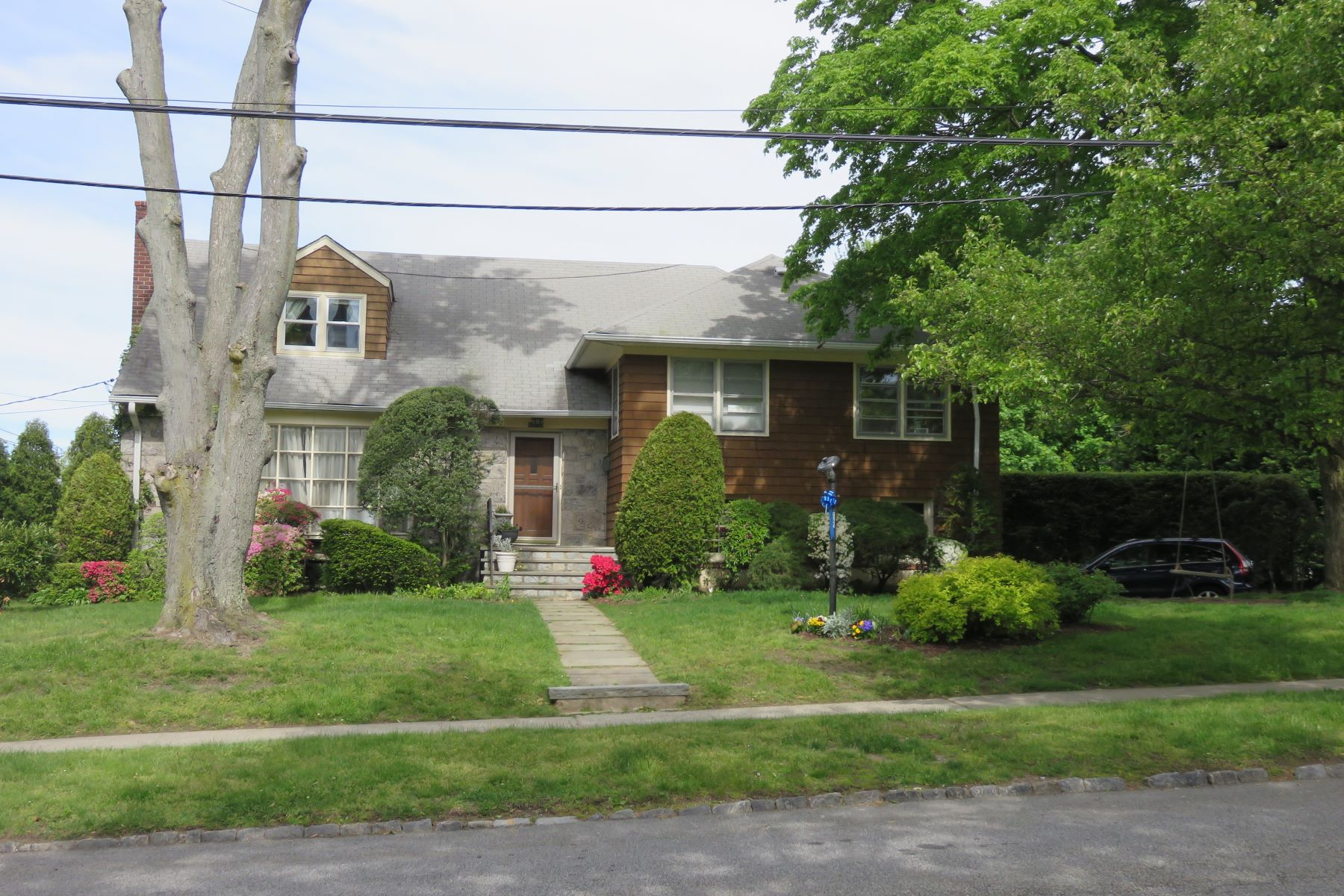 Single Family Home for Rent at 267 Monterey Avenue Pelham, New York 10803 United States