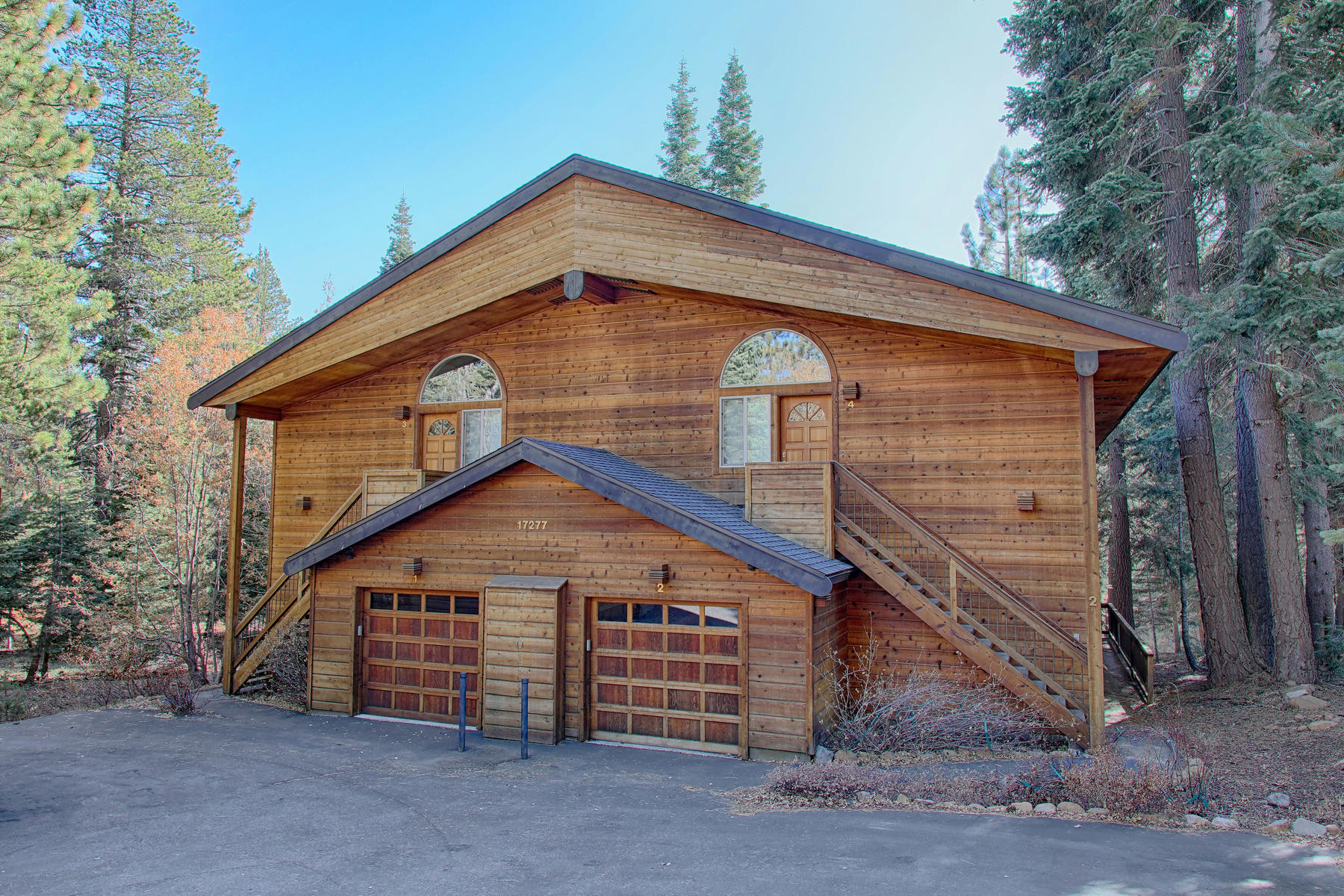 townhouses for Active at 17277 Northwoods Boulevard, # 1 Truckee California 96161 17277 Northwoods Blvd, #1 Truckee, California 96161 United States