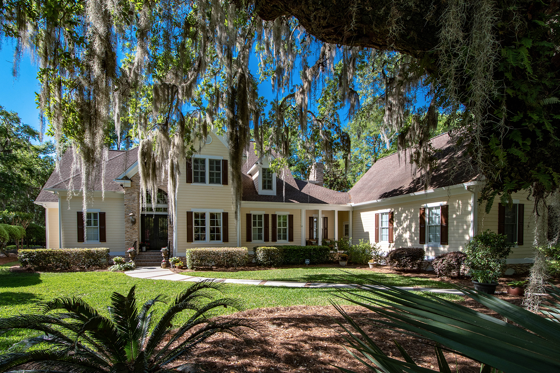 Single Family Homes for Sale at 509 Heston Point Drive Pawleys Island, South Carolina 29585 United States
