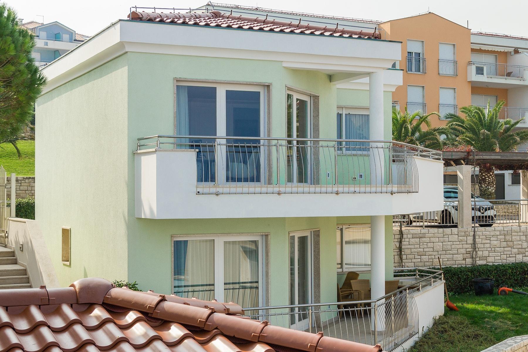 واحد منزل الأسرة للـ Sale في Villa Sunray Other Istria, Istria, 52470 Croatia