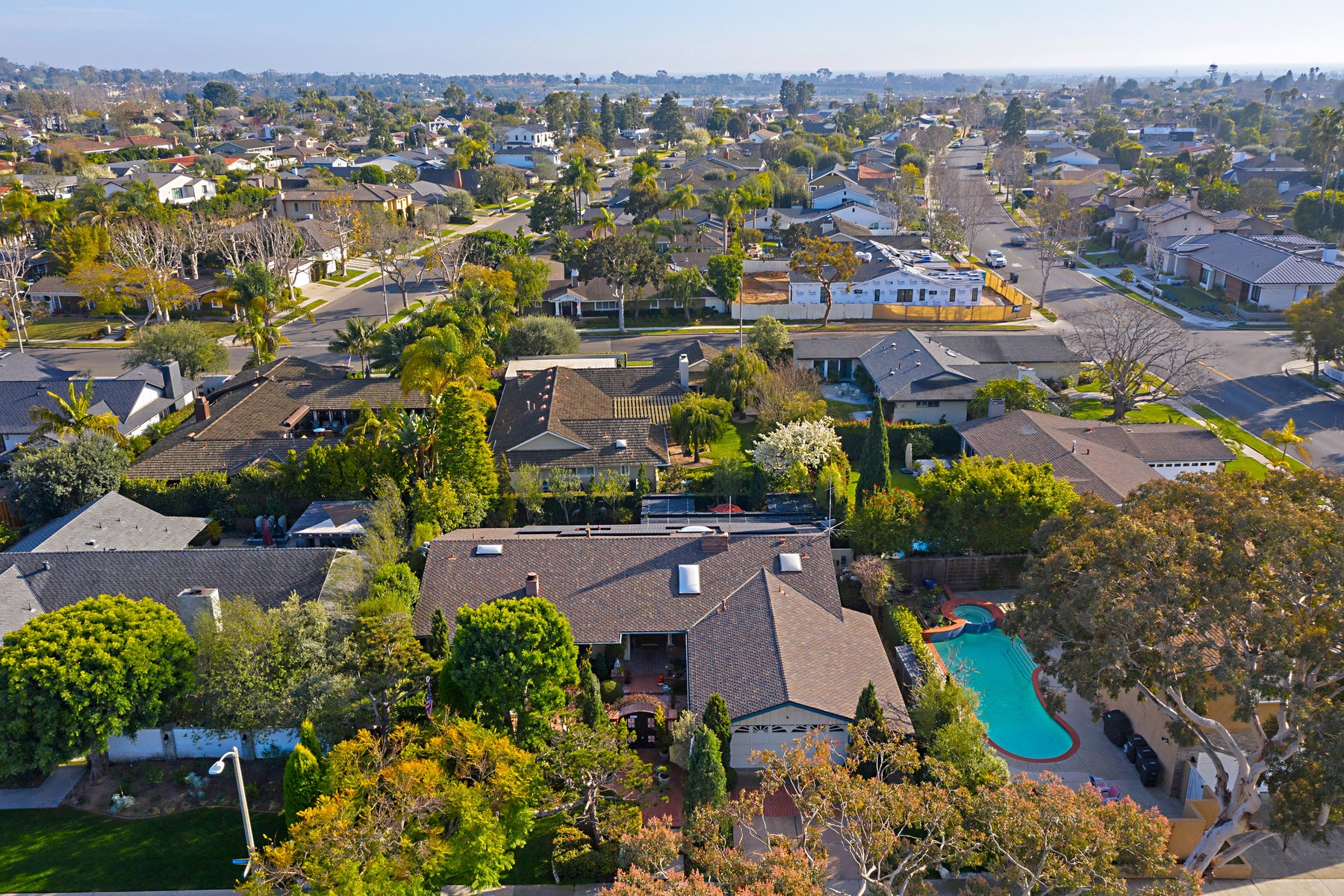 Single Family Homes for Sale at 1343 Mariners Drive Newport Beach, California 92660 United States