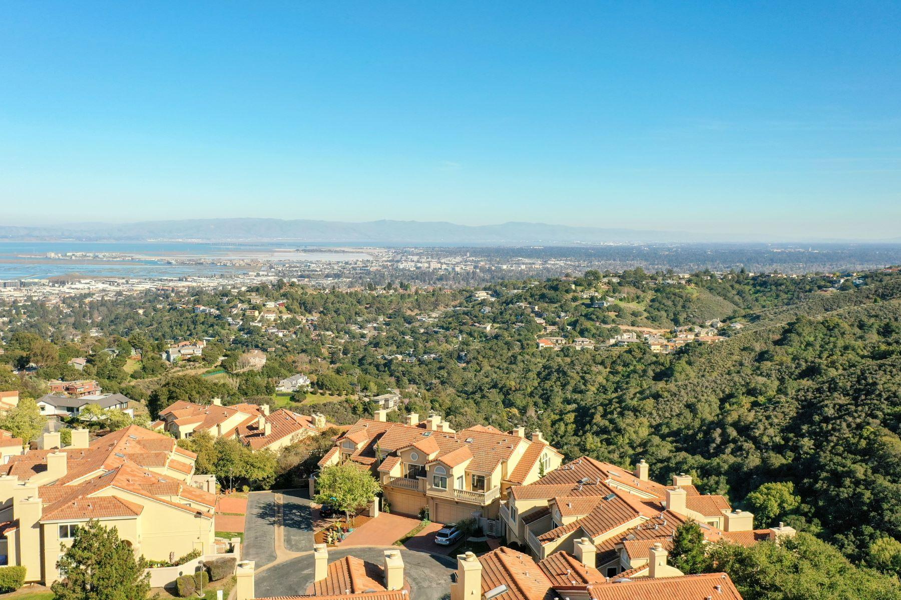 townhouses por un Venta en Incredible Views! 5 Poppy Lane San Carlos, California 94070 Estados Unidos