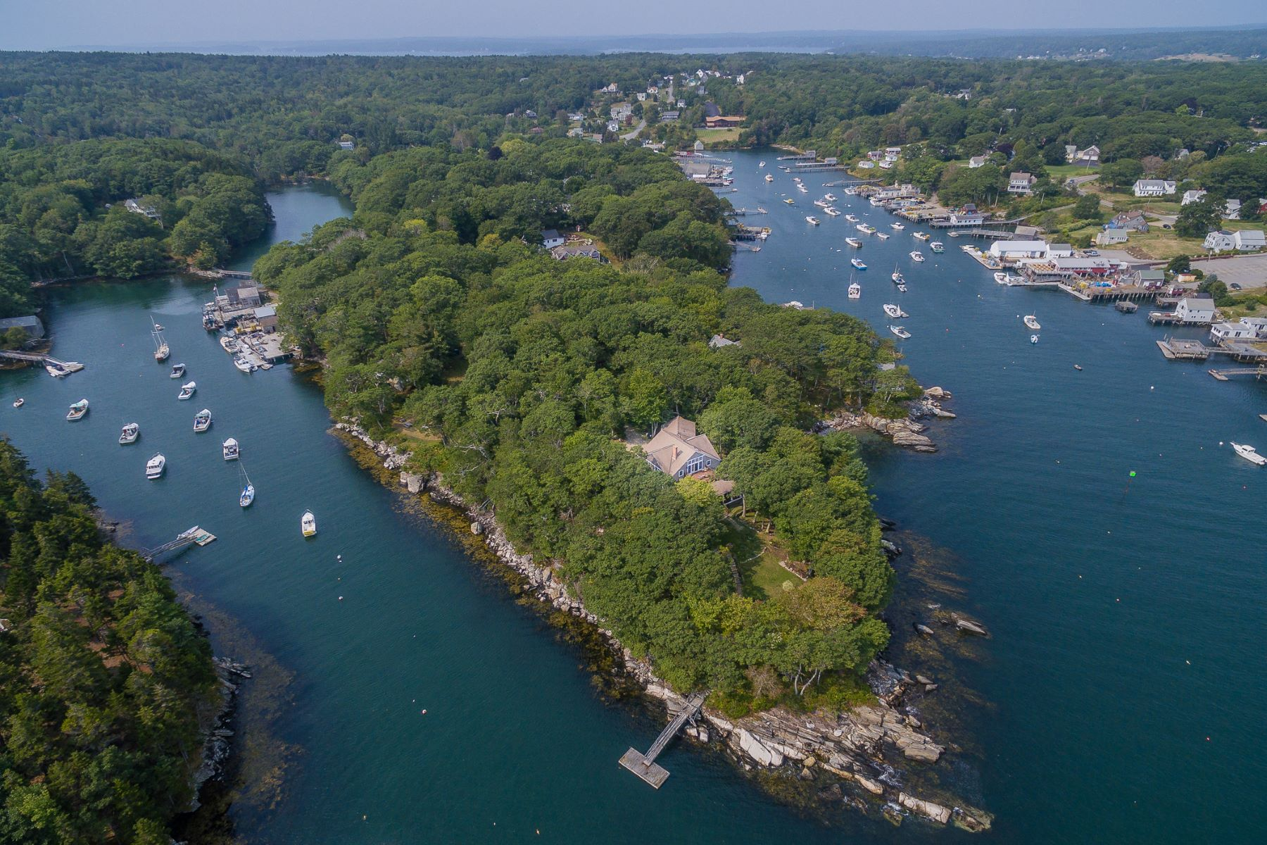 Single Family Home for Sale at 18 Harbor Point Lane 18 Harbor Point Lane Bristol, Maine 04554 United States