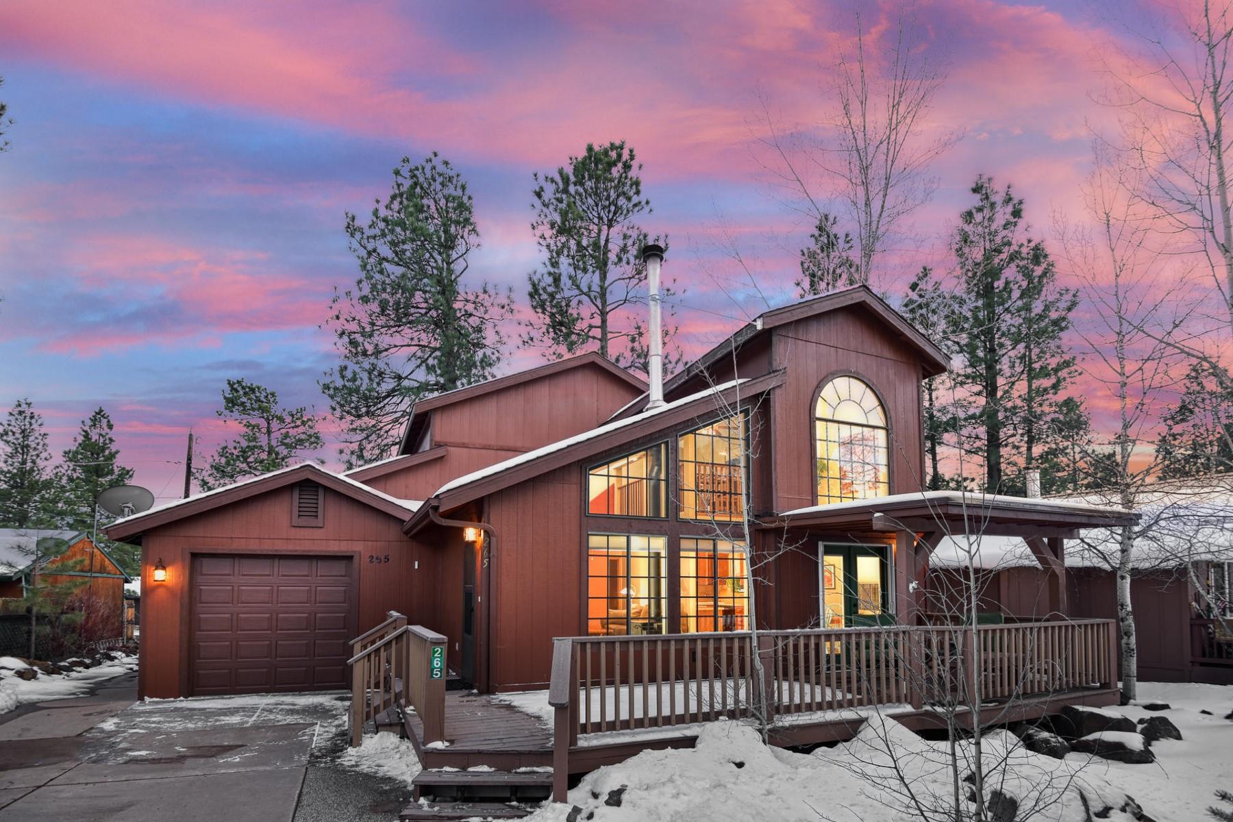 single family homes for Active at Remarkable Custom Munds Park Home 265 E HILLSIDE DR Munds Park, Arizona 86017 United States