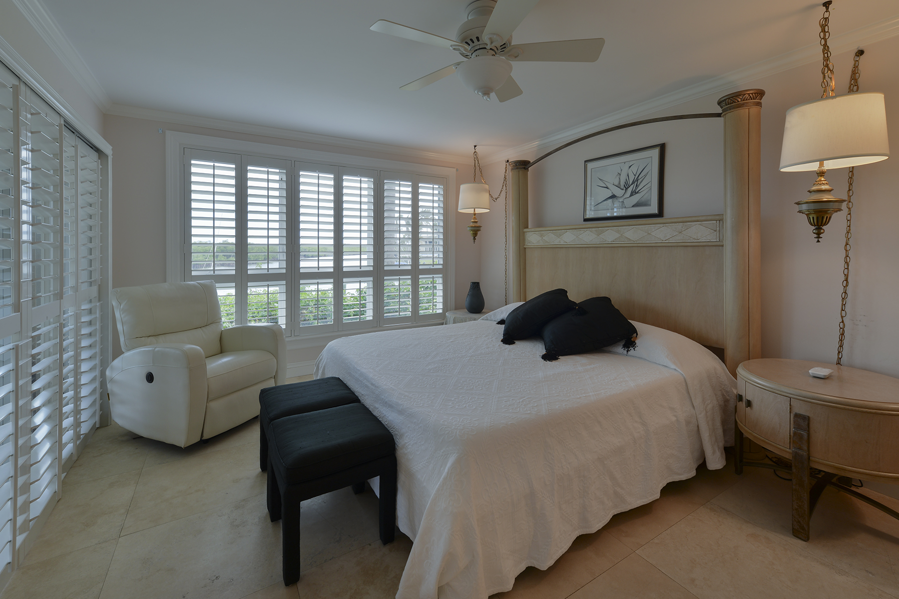 Additional photo for property listing at Waterfront Condominium at Ocean Reef 1 Pumpkin Cay Road, Unit A Key Largo, Florida 33037 Stati Uniti