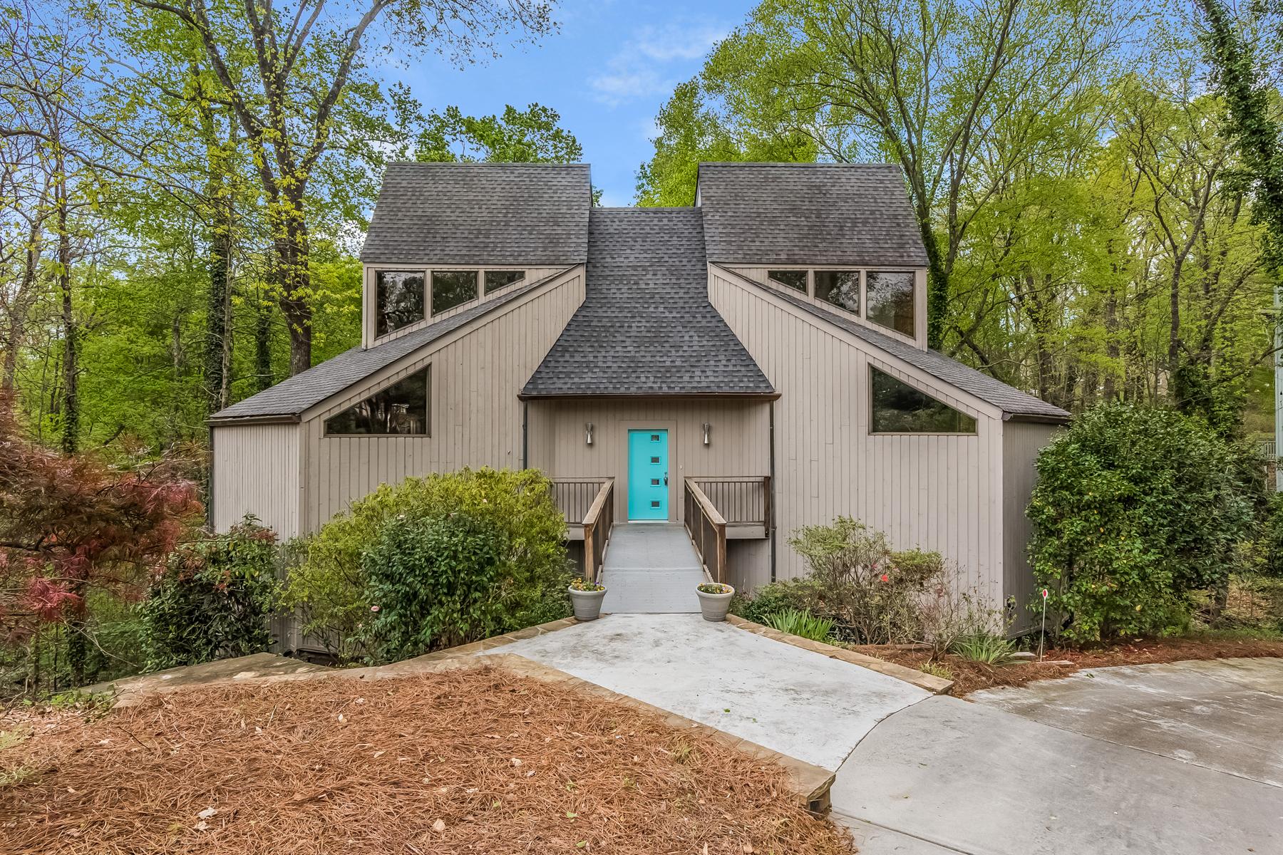独户住宅 为 销售 在 Contemporary Light Filled Sandy Springs Home 625 Valley Hall Drive 桑迪, 乔治亚州, 30350 美国