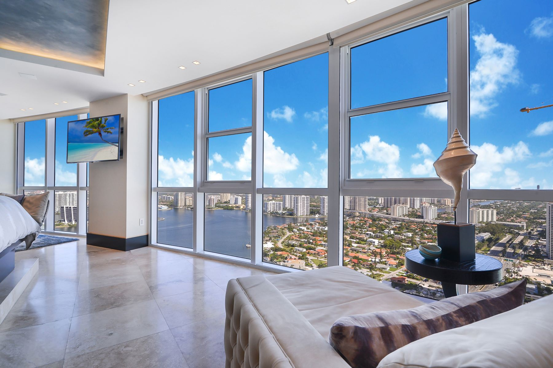 Condominiums for Sale at 18201 Collins Ave PH01, Sunny Isles Beach, Florida 33160 United States