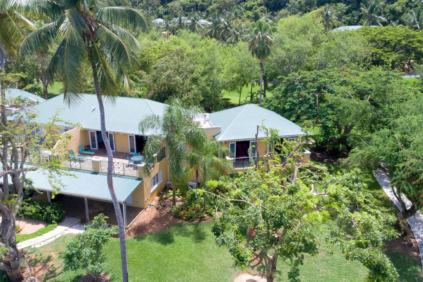 Additional photo for property listing at Secluded Two Story Resort Villa C-15  Villa Montana Beach Resort Carr. 4466 Isabela, Puerto Rico 00662 Porto Rico