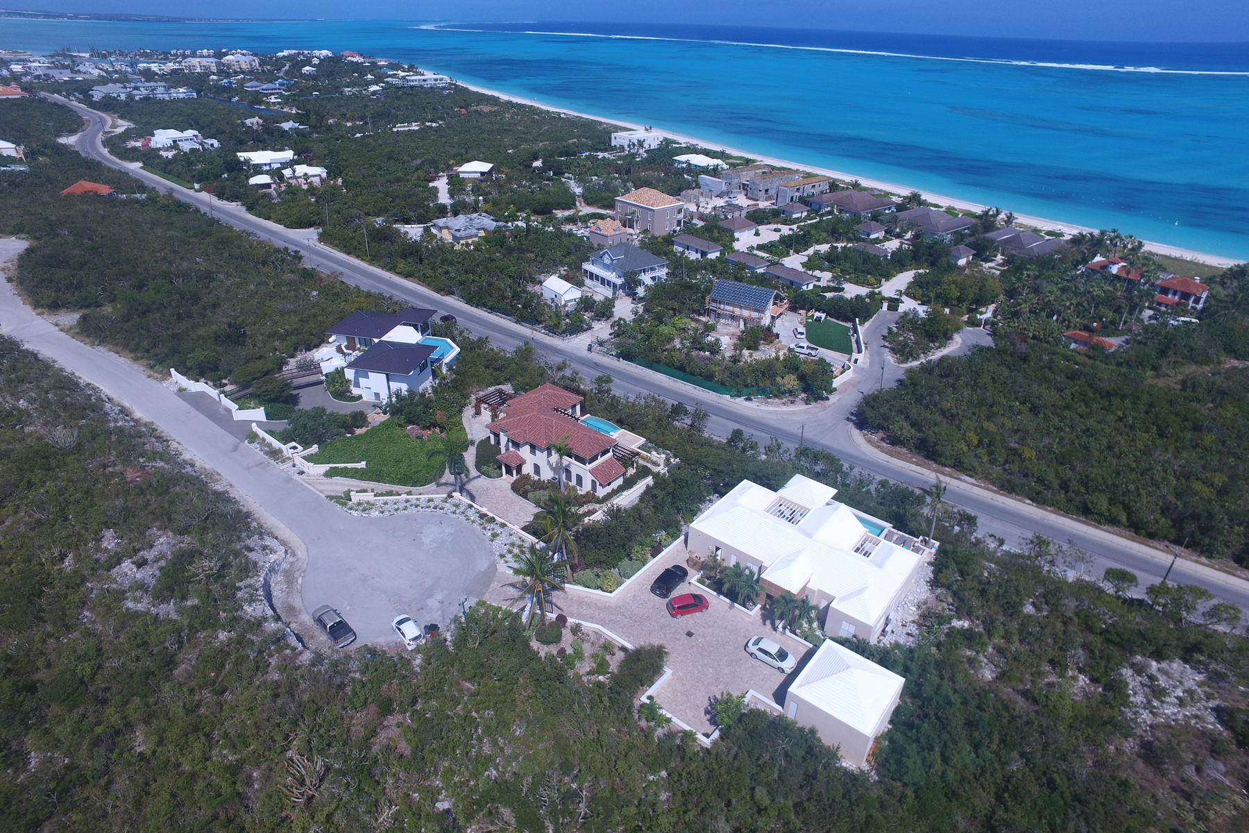Additional photo for property listing at Coral View Villa Richmond Hill, Providenciales Îles Turques Et Caïques