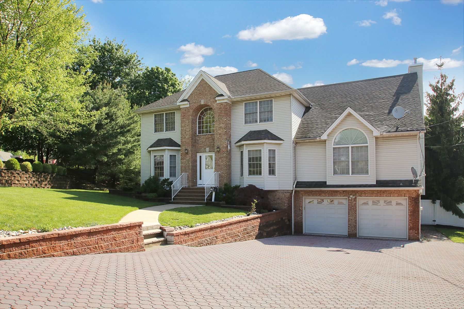 Single Family Home for Sale at You Will Love This Colonial 52 Jacobus Avenue Wayne, New Jersey 07470 United States