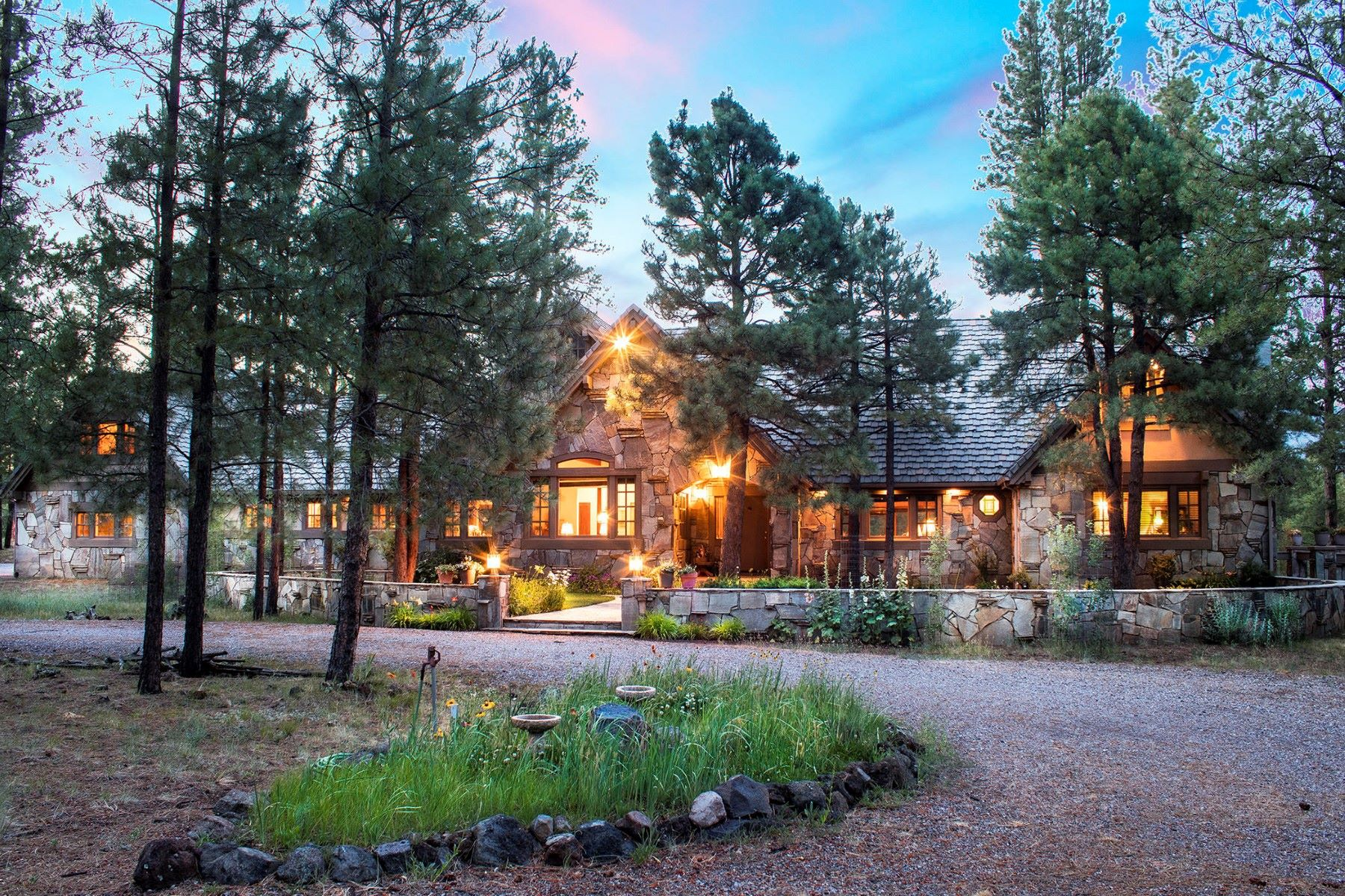 Single Family Home for Sale at Extraordinary Land with an exceptional home situated on 26 acres. 4100 Hidden Hollow RD, Flagstaff, Arizona, 86001 United States