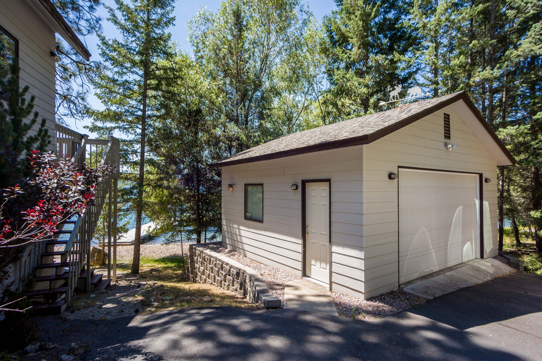 Additional photo for property listing at 20813 Osprey Loop , Rollins, MT 59931 20813  Osprey Loop Rollins, Montana 59931 United States
